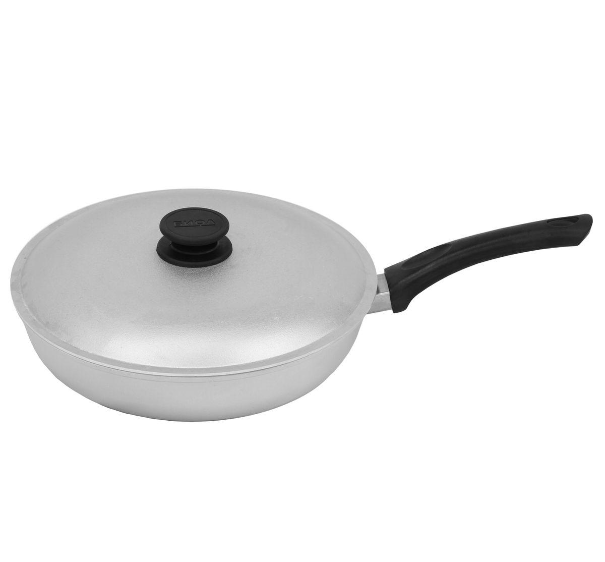 Сковорода, диаметр 28 см, с пластиковой ручкой и крышкой БИОЛА283