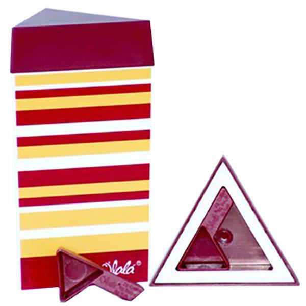 Контейнер для хранения Olala, цвет: рубиновый, желтый, белый, 300 мл521Треугольный контейнер Olala предназначен специально для хранения пищевых продуктов. Он выполнен из высококачественного пластика. Крышка легко и плотно закрывается. Контейнер устойчив к воздействию масел и жиров, легко моется. В комплекте прилагается мерная ложечка. Объем контейнера: 300 мл. Размер контейнера: 9 см х 9 см х 16 см.