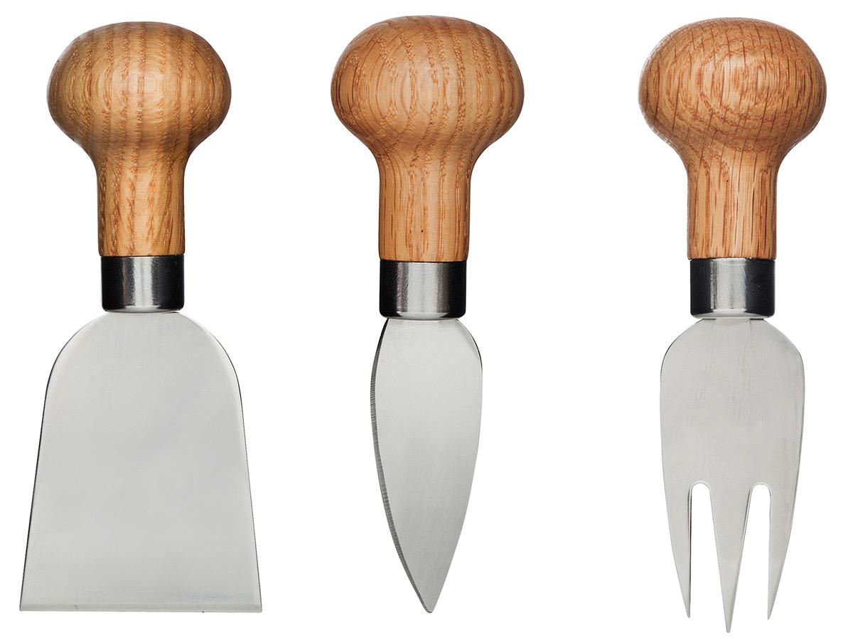 Набор для сервировки сыра, 3 шт.. 50171985017198Расставьте акценты на праздничном столе, используя разработки мастеров Сагаформ! Набор для сервировки сыра серии Oval Oak поможет вам удивить гостей. Он состоит из трех слайсеров с дубовой ручкой, что удобно в ходе использования. Набор предложен в красивой подарочной коробке с «окошком», а потому вы можете приобрести его для друзей или родных. Высокое качество, оригинальное исполнение и безопасные материалы – вот основа, благодаря которой презент станет самым лучшим!