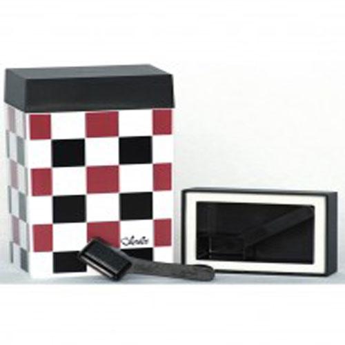 Контейнер для хранения Olala, цвет: черный, рубиновый, белый, 600 мл320Прямоугольный контейнер Olala предназначен специально для хранения пищевых продуктов. Он выполнен из высококачественного пластика. Крышка легко и плотно закрывается. Контейнер устойчив к воздействию масел и жиров, легко моется. В комплекте прилагается мерная ложечка. Объем контейнера: 600 мл. Размер контейнера: 10 см х 6,5 см х 16 см.