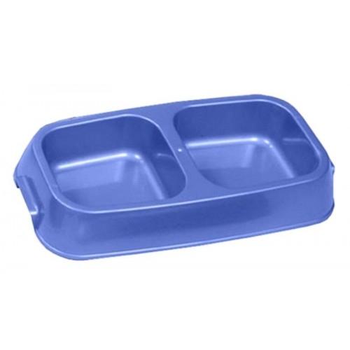 Миска для животных VanNess, двойная, цвет: голубой, 1,24 л1030_голубойДвойная миска VanNess - это функциональный аксессуар для собак, кошек и грызунов. Изделие выполнено из высококачественного цветного пластика. В миску можно положить два разных блюда - в каждое отделение. Миска легко моется. Ваш любимец будет доволен! Объем одной емкости: 620 мл. Размер емкости (по верхнему краю): 12,2 см х 11,8 см. Размер основания емкости: 10 см х 10 см. Высота миски: 5,4 см.