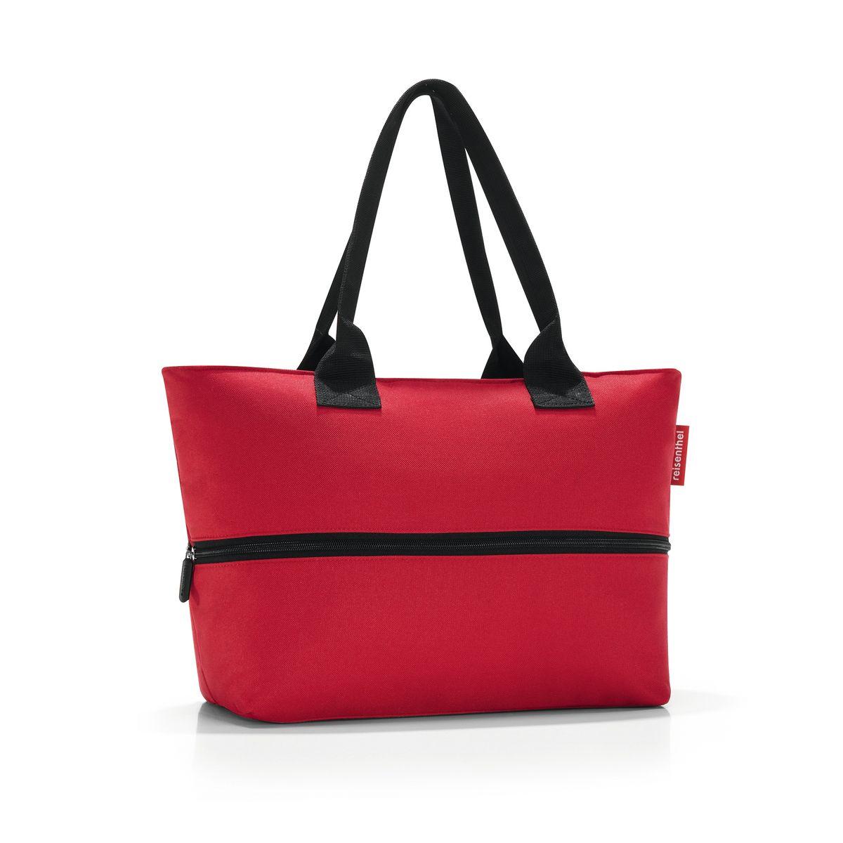 Сумка женская Reisenthel, цвет: красный. RJ3004RJ3004Вместительная женская сумка Reisenthel изготовлена из полиэстера. Сумка имеет одно отделение, которое закрывается на застежку-молнию. Внутри имеются нашивной карман на застежке-молнии и открытый накладной кармашек для телефона. Вдоль центральной части сумки располагается специальная молния, расстегнув которую можно увеличить ее вместимость (в обычном состоянии - 12 литров, в разложенном - 18 литров). Сумка оснащена двумя ручками, позволяющими носить изделие на плече. Стильная сумка Reisenthel станет незаменимым в повседневной жизни, ее можно использовать в поездках или для шоппинга.