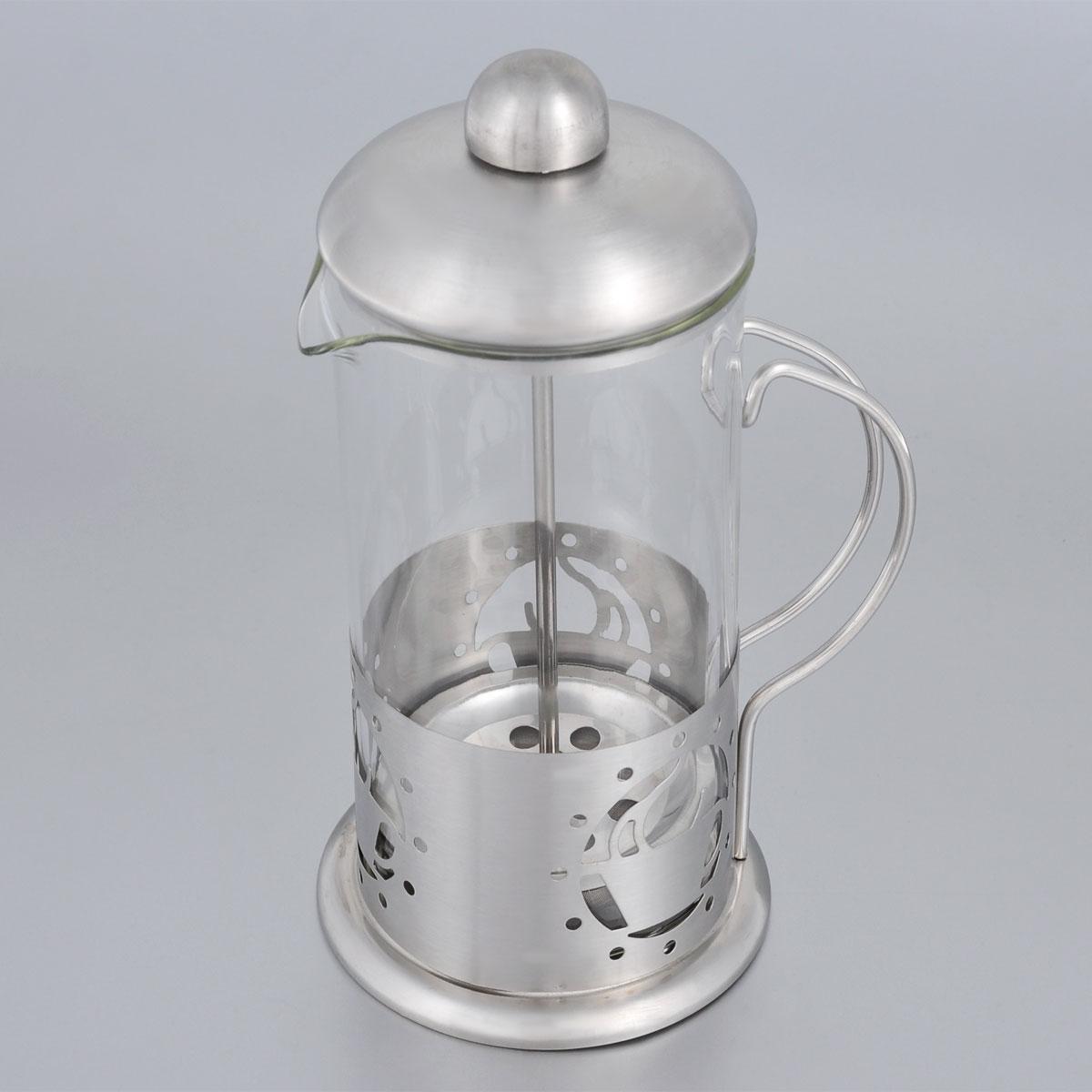 Френч-пресс Bohmann, 350 мл. 9537BH9537BH/NEWФренч-пресс Bohmann используется для заваривания крупнолистового чая, кофе среднего помола, травяных сборов. Изготовлен из высококачественной нержавеющей стали и термостойкого стекла, выдерживающего высокую температуру, что придает ему надежность и долговечность. Френч-пресс Bohmann незаменим для любителей чая и кофе. Можно мыть в посудомоечной машине. Объем: 350 мл. Высота (с учетом крышки): 18 см. Диаметр (по верхнему краю): 7,5 см.