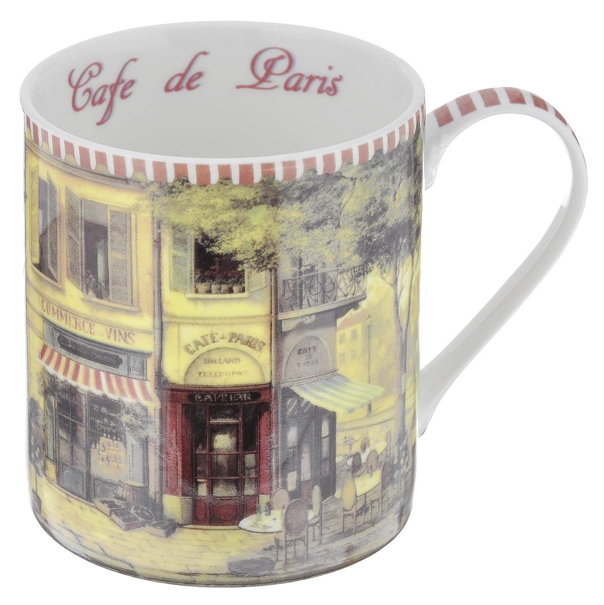 Кружка GiftnHome Парижское кафе, 400 млM-400 CafeКружка GiftnHome Парижское кафе изготовлена из высококачественного костяного фарфора, покрытого слоем сверкающей глазури. Внешние стенки оформлены красочным изображением кофейни. Внутренняя поверхность декорирована надписью: Cafe de Paris. Кружка отличается высоким качеством и стильным дизайном. Она станет прекрасным подарком к любому случаю. Можно использовать в СВЧ и посудомоечной машине.
