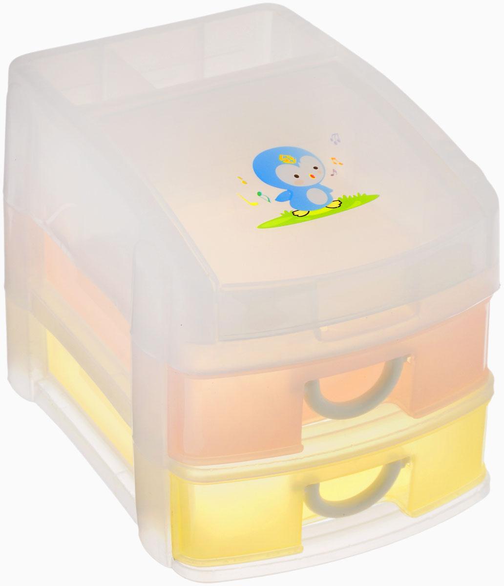 Контейнер для мелочей МН, 3-ярусный, 14 см х 19 см х 16,5 см525015Контейнер для мелочей МН изготовлен из прозрачного пластика, что позволяет видеть содержимое. Подходит для хранения швейных принадлежностей, мелких деталей и других бытовых мелочей. Контейнер содержит 2 разноцветных выдвижных ящичка с удобными пластиковыми ручками. Сверху содержится 2 секции и отдел, закрывающийся крышкой. Такой контейнер поможет держать вещи в порядке.