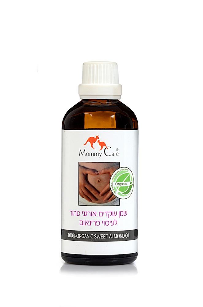 Mommy Care Органическое масло сладкого миндаля для массажа промежности 100 мл1658Обладая высочайшей проникающей способностью, чистое органическое масло сладкого миндаля способствует размягчению, повышению эластичности и стимулирует обновление тканей промежности. А наличие разнообразных жиров, микроэлементов, витаминов (Е, В2, В3) и ценных эфирных масел обеспечивает антибактериальный эффект и ускоряет процесс регенерации тканей. Рекомендуется для массажа интимной области, начиная с 35 недели беременности. Такой массаж с маслом может уменьшить вероятность эпизиотомии или разрывов во время родов. ВНИМАНИЕ! Для результата важен сам массаж, а не масло. Масло лишь помогает сделать процедуру более комфортной и оказывает дополнительный косметический эффект. Акушеры-гинекологи рекомендуют использовать для массажа промежности именно чистые растительные масла, а не смеси, т.к. некоторые компоненты смесей могут вызвать раздражение или спровоцировать грибковую инфекцию. Это масло также можно добавлять в ванночку при купании малыша для питания и защиты нежной кожи вашего...