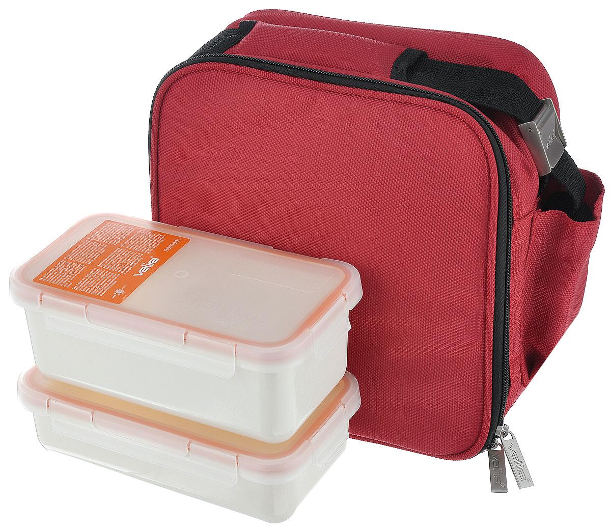 Сумка для ланча Valira Nomad Soft, с 2 контейнерами, цвет: красный6129/12Сумка для ланча Valira Nomad Soft - это удобная и стильная термосумка небольшого размера, которая надолго сохраняет температуру пищи. Сумка выполнена из гигиеничного непромокаемого нейлона. Внутри отделана термоизоляционным металлизированным материалом, сохраняющим еду горячей и вкусной. За сумкой очень легко ухаживать, внутренняя поверхность легко очищается влажной тряпкой. Сумка закрывается на молнию, внутри имеется сетчатый карман. Для удобства переноски предусмотрен плечевой ремень. На лицевой стороне сумки большой карман закрывается на молнию. В комплекте - 2 контейнера разного объема с крышками, плотно закрывающиеся на защелки. Контейнеры выдерживают температуру от -20°С до +200°С, их можно использовать в микроволновой печи и холодильнике. Размер сумки: 22 см х 13 см х 22 см. Объем контейнеров: 500 мл, 750 мл. Размер контейнеров (без учета крышки): 18,5 см х 10 см х 4 см, 18,5 см х 10 см х 6 см.