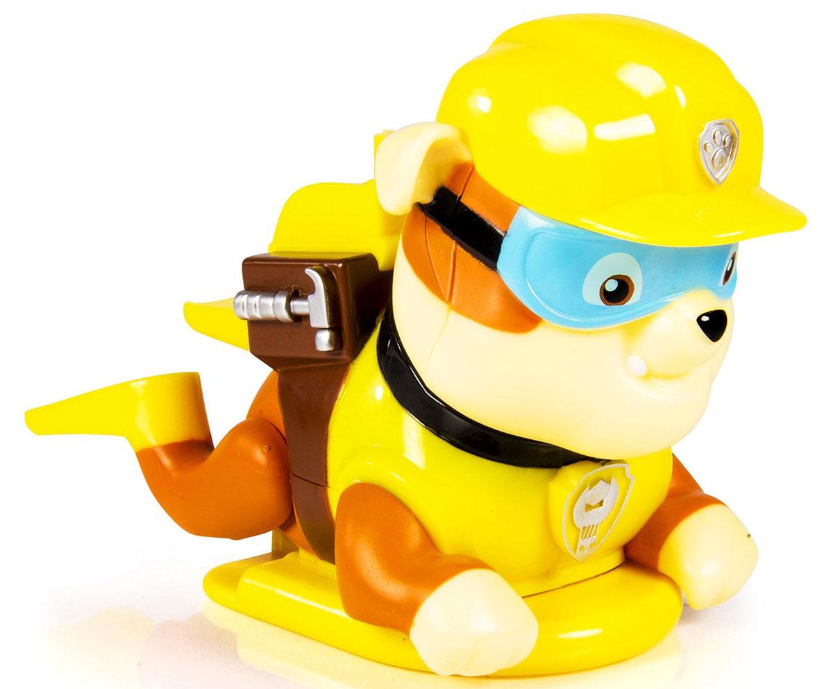 Paw Patrol Игрушка для ванной заводная Rubble16631_желтыйPaw Patrol Заводная игрушка для ванной Rubble понравится вашему ребенку и развлечет его во время купания. Она выполнена из безопасного материала в виде героя мультсериала Щенячий патруль. На спине игрушки есть ключик, с помощью которого можно завести механизм игрушки. Опустите игрушку в воду, и она будет плыть, забавно гребя задними лапками, обутыми в ласты. Игрушка для ванной способствует развитию воображения, цветового восприятия, тактильных ощущений и мелкой моторики рук.