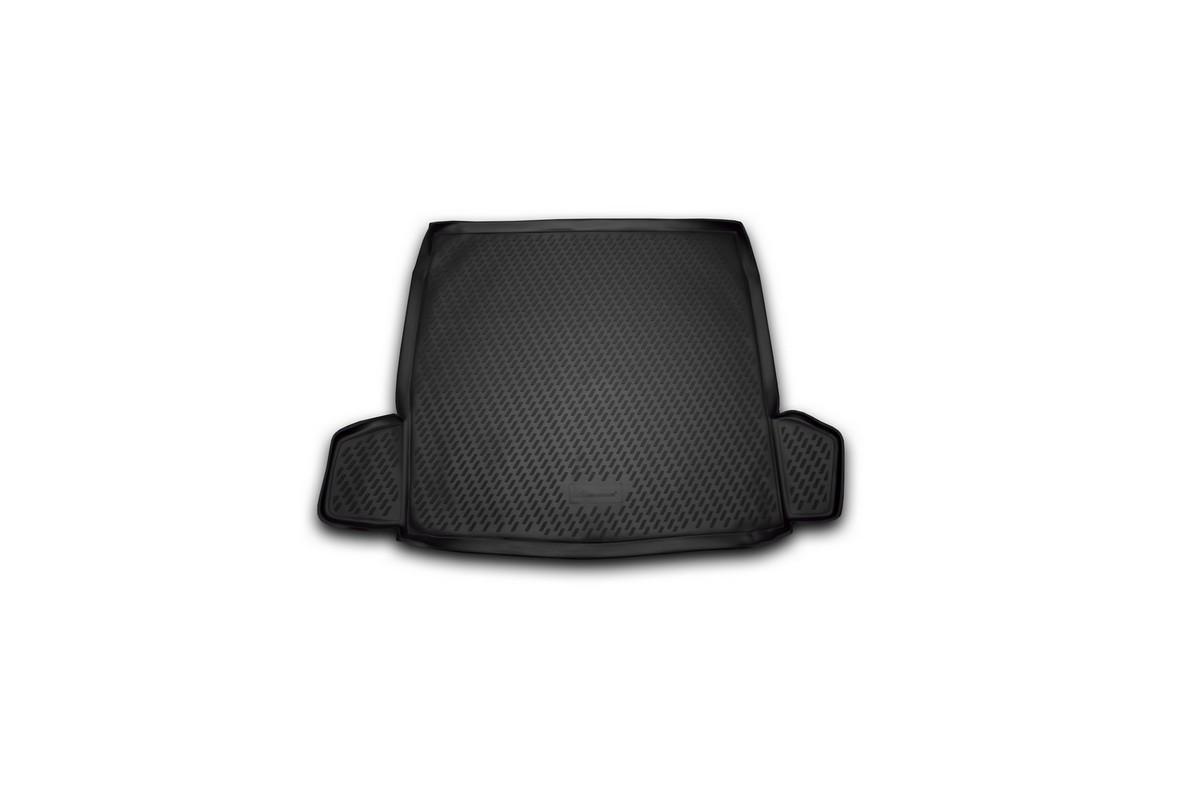 Коврик автомобильный Novline-Autofamily для Citroen C5 седан 01/2008-, в багажник. CARCRN00018CARCRN00018Автомобильный коврик Novline-Autofamily, изготовленный из полиуретана, позволит вам без особых усилий содержать в чистоте багажный отсек вашего авто и при этом перевозить в нем абсолютно любые грузы. Этот модельный коврик идеально подойдет по размерам багажнику вашего автомобиля. Такой автомобильный коврик гарантированно защитит багажник от грязи, мусора и пыли, которые постоянно скапливаются в этом отсеке. А кроме того, поддон не пропускает влагу. Все это надолго убережет важную часть кузова от износа. Коврик в багажнике сильно упростит для вас уборку. Согласитесь, гораздо проще достать и почистить один коврик, нежели весь багажный отсек. Тем более, что поддон достаточно просто вынимается и вставляется обратно. Мыть коврик для багажника из полиуретана можно любыми чистящими средствами или просто водой. При этом много времени у вас уборка не отнимет, ведь полиуретан устойчив к загрязнениям. Если вам приходится перевозить в багажнике тяжелые грузы,...