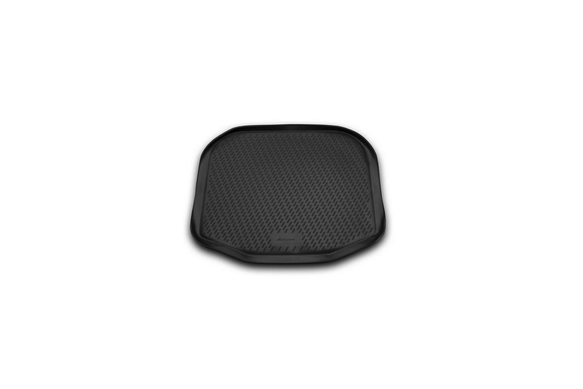 Коврик автомобильный Novline-Autofamily для Ford Explorer внедорожник 2011-2014, 2014-, в багажникCARFRD00008Автомобильный коврик Novline-Autofamily, изготовленный из полиуретана, позволит вам без особых усилий содержать в чистоте багажный отсек вашего авто и при этом перевозить в нем абсолютно любые грузы. Этот модельный коврик идеально подойдет по размерам багажнику вашего автомобиля. Такой автомобильный коврик гарантированно защитит багажник от грязи, мусора и пыли, которые постоянно скапливаются в этом отсеке. А кроме того, поддон не пропускает влагу. Все это надолго убережет важную часть кузова от износа. Коврик в багажнике сильно упростит для вас уборку. Согласитесь, гораздо проще достать и почистить один коврик, нежели весь багажный отсек. Тем более, что поддон достаточно просто вынимается и вставляется обратно. Мыть коврик для багажника из полиуретана можно любыми чистящими средствами или просто водой. При этом много времени у вас уборка не отнимет, ведь полиуретан устойчив к загрязнениям. Если вам приходится перевозить в багажнике тяжелые грузы,...