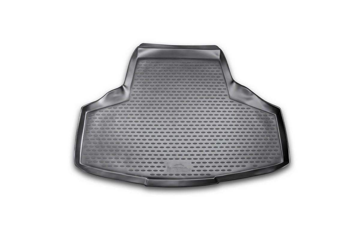 Коврик автомобильный Novline-Autofamily для Infiniti M седан 2010-, в багажникCARINF10006Автомобильный коврик Novline-Autofamily, изготовленный из полиуретана, позволит вам без особых усилий содержать в чистоте багажный отсек вашего авто и при этом перевозить в нем абсолютно любые грузы. Этот модельный коврик идеально подойдет по размерам багажнику вашего автомобиля. Такой автомобильный коврик гарантированно защитит багажник от грязи, мусора и пыли, которые постоянно скапливаются в этом отсеке. А кроме того, поддон не пропускает влагу. Все это надолго убережет важную часть кузова от износа. Коврик в багажнике сильно упростит для вас уборку. Согласитесь, гораздо проще достать и почистить один коврик, нежели весь багажный отсек. Тем более, что поддон достаточно просто вынимается и вставляется обратно. Мыть коврик для багажника из полиуретана можно любыми чистящими средствами или просто водой. При этом много времени у вас уборка не отнимет, ведь полиуретан устойчив к загрязнениям. Если вам приходится перевозить в багажнике тяжелые грузы,...