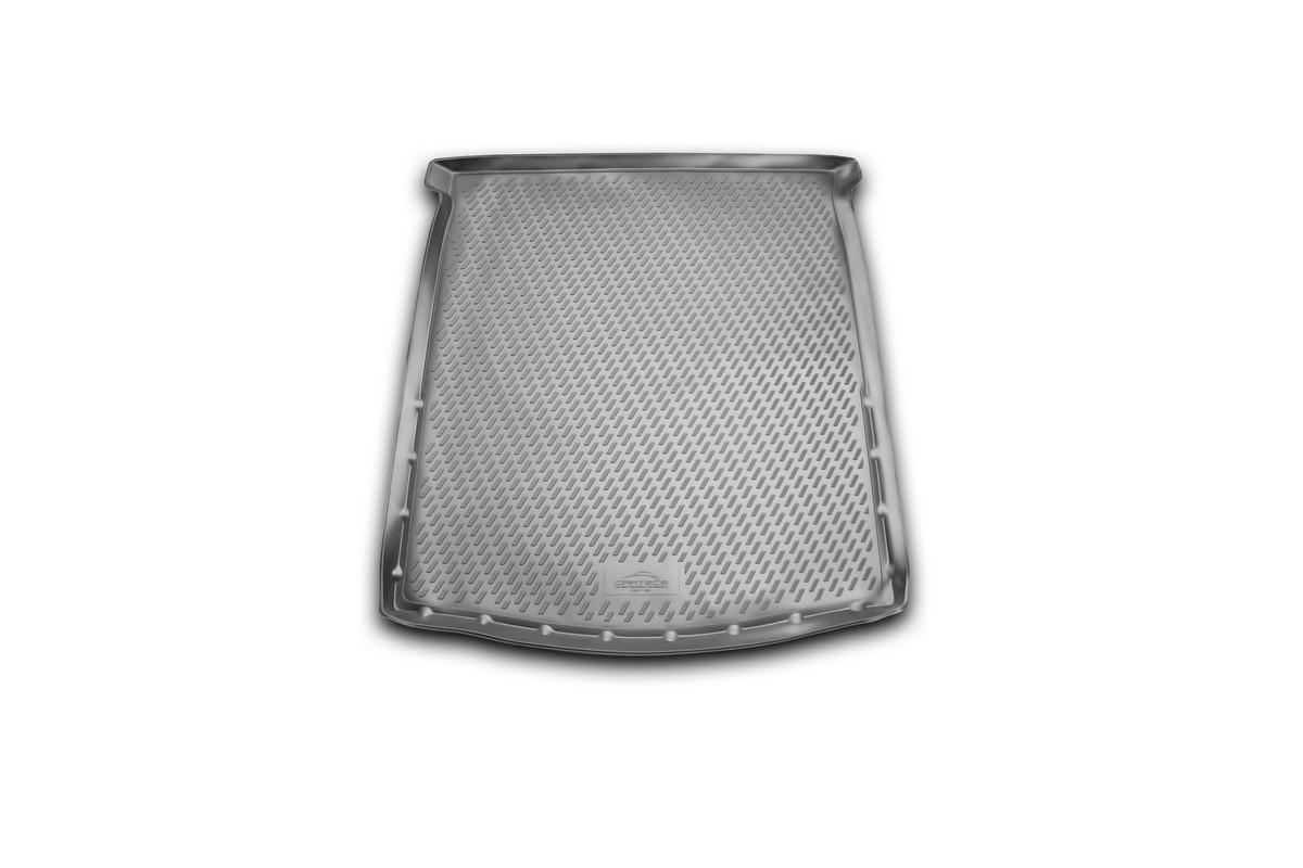 Коврик автомобильный Novline-Autofamily для Mazda 6 седан 2012-, в багажникCARMZD00042Автомобильный коврик Novline-Autofamily, изготовленный из полиуретана, позволит вам без особых усилий содержать в чистоте багажный отсек вашего авто и при этом перевозить в нем абсолютно любые грузы. Этот модельный коврик идеально подойдет по размерам багажнику вашего автомобиля. Такой автомобильный коврик гарантированно защитит багажник от грязи, мусора и пыли, которые постоянно скапливаются в этом отсеке. А кроме того, поддон не пропускает влагу. Все это надолго убережет важную часть кузова от износа. Коврик в багажнике сильно упростит для вас уборку. Согласитесь, гораздо проще достать и почистить один коврик, нежели весь багажный отсек. Тем более, что поддон достаточно просто вынимается и вставляется обратно. Мыть коврик для багажника из полиуретана можно любыми чистящими средствами или просто водой. При этом много времени у вас уборка не отнимет, ведь полиуретан устойчив к загрязнениям. Если вам приходится перевозить в багажнике тяжелые грузы,...