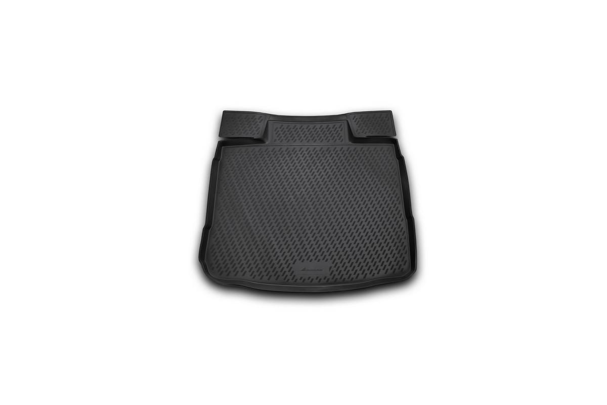 Коврик автомобильный Novline-Autofamily для Opel Insignia седан 2008-, в багажникCAROPL00024Автомобильный коврик Novline-Autofamily, изготовленный из полиуретана, позволит вам без особых усилий содержать в чистоте багажный отсек вашего авто и при этом перевозить в нем абсолютно любые грузы. Этот модельный коврик идеально подойдет по размерам багажнику вашего автомобиля. Такой автомобильный коврик гарантированно защитит багажник от грязи, мусора и пыли, которые постоянно скапливаются в этом отсеке. А кроме того, поддон не пропускает влагу. Все это надолго убережет важную часть кузова от износа. Коврик в багажнике сильно упростит для вас уборку. Согласитесь, гораздо проще достать и почистить один коврик, нежели весь багажный отсек. Тем более, что поддон достаточно просто вынимается и вставляется обратно. Мыть коврик для багажника из полиуретана можно любыми чистящими средствами или просто водой. При этом много времени у вас уборка не отнимет, ведь полиуретан устойчив к загрязнениям. Если вам приходится перевозить в багажнике тяжелые грузы,...