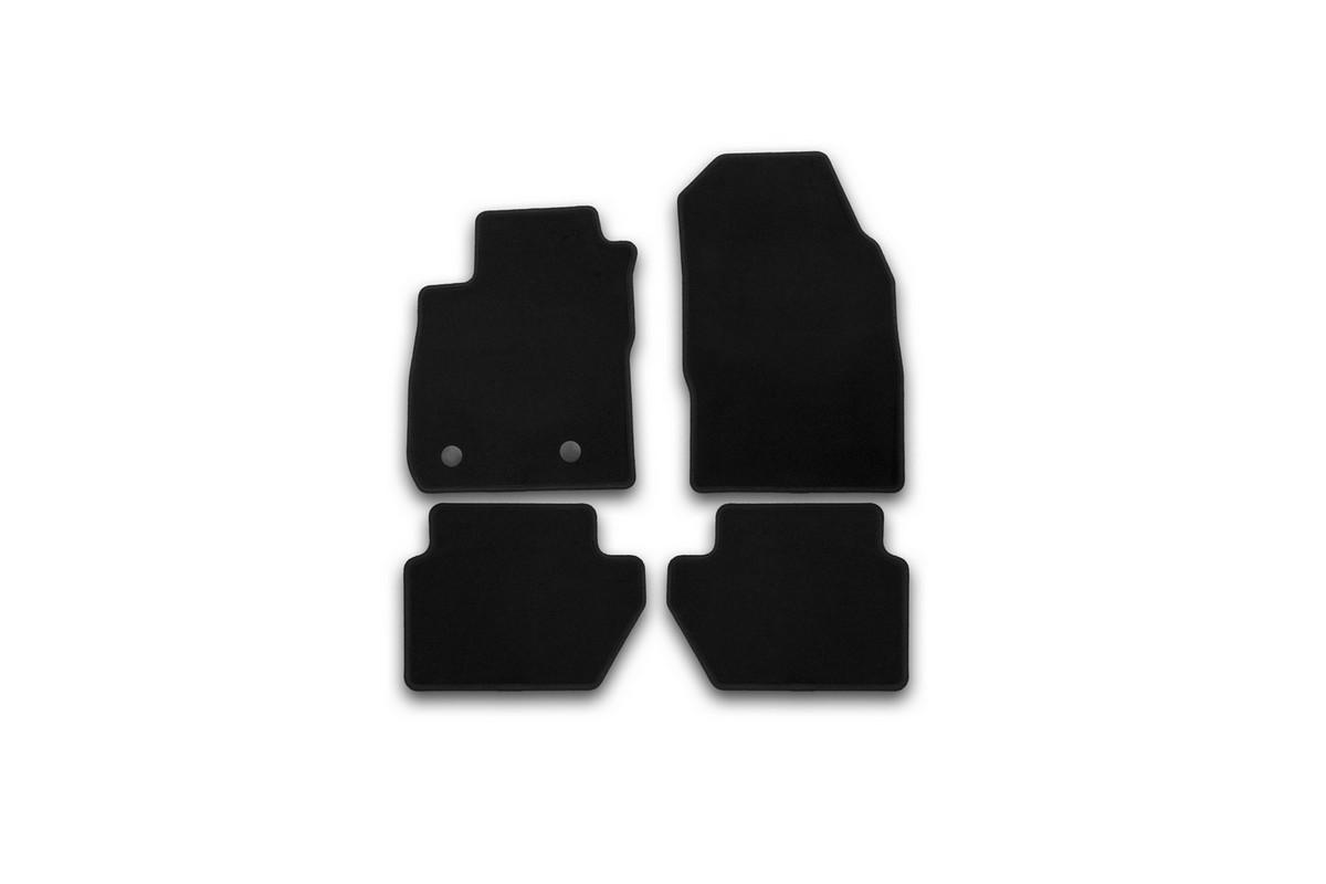 Набор автомобильных ковриков Klever для Ford Ecosport 2014-, кроссовер, в салон, 4 шт. KVR01169101200kKVR01169101200kНабор автомобильных ковриков Klever, изготовленный из текстиля, состоит из 4 ковриков, которые учитывают все особенности каждой модели автомобиля и полностью повторяют контуры пола. Текстильные автомобильные коврики для салона произведены из высококачественного материала, который держит форму, прочный и не пачкает обувь. Коврики в салон не только улучшат внешний вид салона вашего автомобиля, но и надежно уберегут его от пыли, грязи и сырости, а значит, защитят кузов от коррозии. Текстильные коврики для автомобиля мягкие и приятные, а их основа из вспененного полиуретана не пропускает влагу. Ковры для автомобилей надежно крепятся на полу и не скользят, что очень важно во время движения. Чистятся коврики очень просто: как при помощи автомобильного пылесоса, так и различными моющими средствами. Набор подходит для Ford Ecosport кроссовер с 2014 года выпуска.