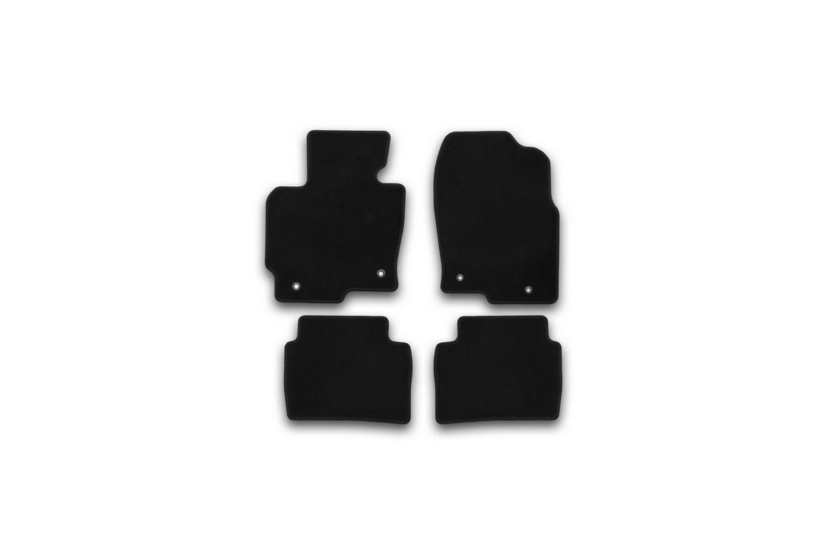 Набор автомобильных ковриков Klever для Mazda CX5 АКПП 2011-, внедорожник, в салон, 4 шт. KVR01332201200kKVR01332201200kНабор автомобильных ковриков Klever, изготовленный из текстиля, состоит из 4 ковриков, которые учитывают все особенности каждой модели автомобиля и полностью повторяют контуры пола. Текстильные автомобильные коврики для салона произведены из высококачественного материала, который держит форму, прочный и не пачкает обувь. Коврики в салон не только улучшат внешний вид салона вашего автомобиля, но и надежно уберегут его от пыли, грязи и сырости, а значит, защитят кузов от коррозии. Текстильные коврики для автомобиля мягкие и приятные, а их основа из вспененного полиуретана не пропускает влагу. Ковры для автомобилей надежно крепятся на полу и не скользят, что очень важно во время движения. Чистятся коврики очень просто: как при помощи автомобильного пылесоса, так и различными моющими средствами. Набор подходит для Mazda CX5 АКПП внедорожник с 2011 года выпуска.