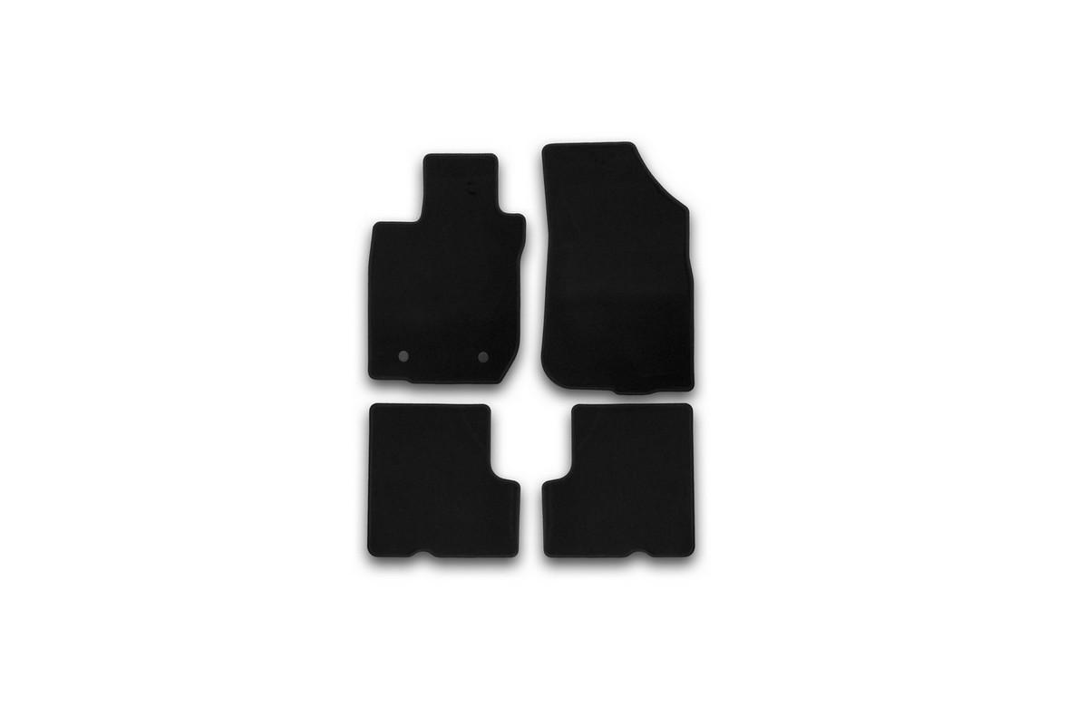 Набор автомобильных ковриков Klever для Renault Sandero 2010-, хэтчбек, в салон, 4 штKVR01411801200kНабор автомобильных ковриков Klever, изготовленный из текстиля, состоит из 4 ковриков, которые учитывают все особенности каждой модели автомобиля и полностью повторяют контуры пола. Текстильные автомобильные коврики для салона произведены из высококачественного материала, который держит форму, прочный и не пачкает обувь. Коврики в салон не только улучшат внешний вид салона вашего автомобиля, но и надежно уберегут его от пыли, грязи и сырости, а значит, защитят кузов от коррозии. Текстильные коврики для автомобиля мягкие и приятные, а их основа из вспененного полиуретана не пропускает влагу. Ковры для автомобилей надежно крепятся на полу и не скользят, что очень важно во время движения. Чистятся коврики очень просто: как при помощи автомобильного пылесоса, так и различными моющими средствами. Набор подходит для Renault Sandero хэтчбек с 2010 года выпуска.
