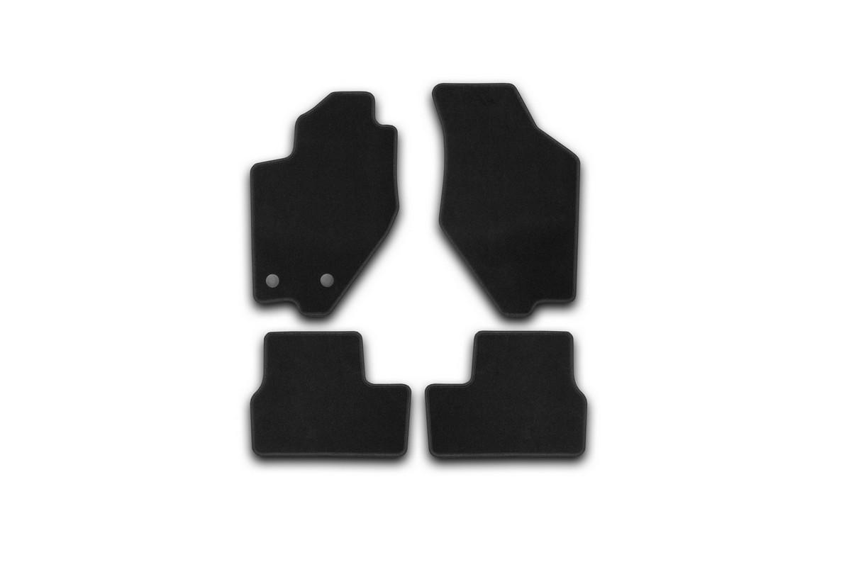 Ковры в салон DATSUN on-DO 2014->, сед., 4шт. (текстиль)KVR01940101200kКоврики в салон не только улучшат внешний вид салона вашего автомобиля, но и надежно уберегут его от пыли, грязи и сырости, а значит, защитят кузов от коррозии. Текстильные коврики для автомобиля мягкие и приятные, а их основа из вспененного полиуретана не пропускает влагу.. Автомобильные коврики в салон учитывают все особенности каждой модели авто и полностью повторяют контуры пола. Благодаря этому их не нужно будет подгибать или обрезать. И самое главное — они не будут мешать педалям. Текстильные автомобильные коврики для салона произведены из высококачественного материала, который держит форму и не пачкает обувь. К тому же, этот материал очень прочный (его, к примеру, не получится проткнуть каблуком). Некоторые автоковрики становятся источником неприятного запаха в автомобиле. С текстильными ковриками Novline вы можете этого не бояться. Ковры для автомобилей надежно крепятся на полу и не скользят, что очень важно во время движения, особенно для водителя. Автоковры из текстиля с...