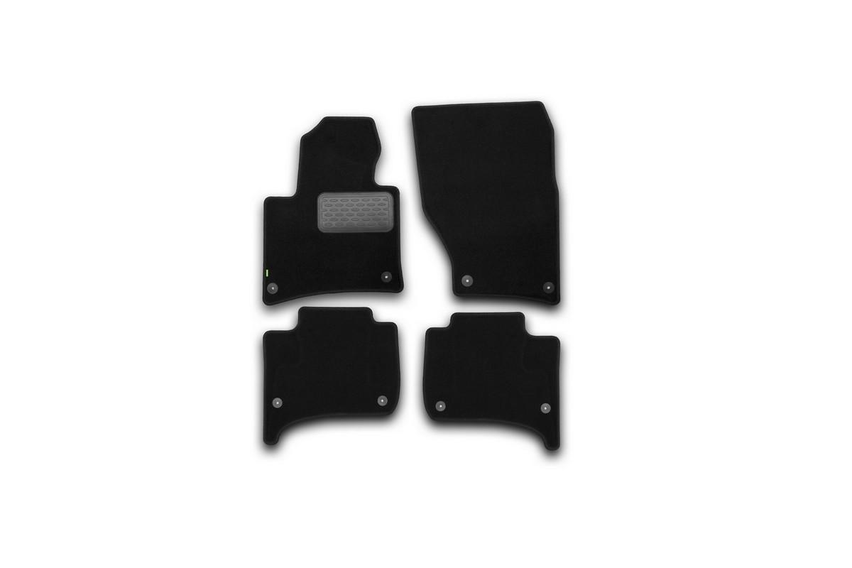 Набор автомобильных ковриков Klever для Volkswagen Touareg 2010-, внедорожник, в салон, 4 шт. KVR02513601210khKVR02513601210khНабор автомобильных ковриков Klever, изготовленный из текстиля, состоит из 4 ковриков, которые учитывают все особенности каждой модели автомобиля и полностью повторяют контуры пола. Текстильные автомобильные коврики для салона произведены из высококачественного материала, который держит форму, прочный и не пачкает обувь. Коврики в салон не только улучшат внешний вид салона вашего автомобиля, но и надежно уберегут его от пыли, грязи и сырости, а значит, защитят кузов от коррозии. Текстильные коврики для автомобиля мягкие и приятные, а их основа из вспененного полиуретана не пропускает влагу. Ковры для автомобилей надежно крепятся на полу и не скользят, что очень важно во время движения. Чистятся коврики очень просто: как при помощи автомобильного пылесоса, так и различными моющими средствами. Набор подходит для Volkswagen Touareg внедорожник с 2010 года выпуска.