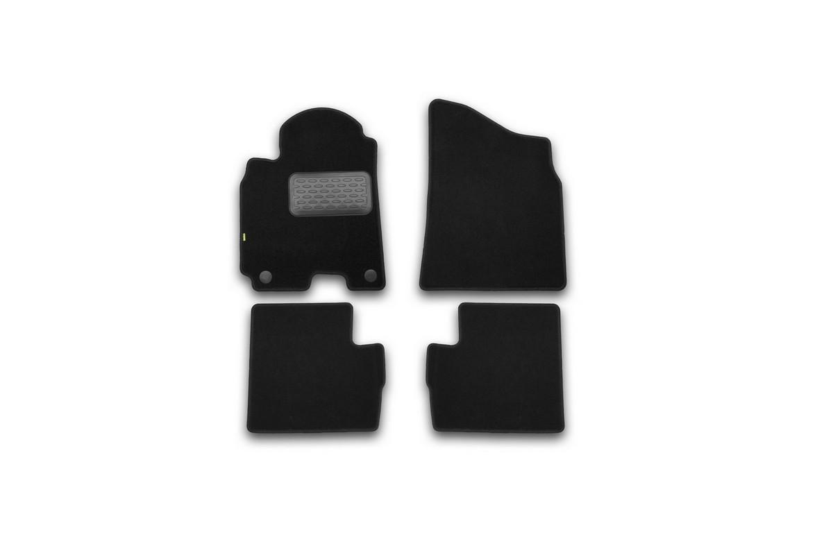 Набор автомобильных ковриков Klever для Chery Tiggo (T21) 2014-, в салон, 4 шт. KVR02631401210khKVR02631401210khНабор автомобильных ковриков Klever, изготовленный из текстиля, состоит из 4 ковриков, которые учитывают все особенности каждой модели автомобиля и полностью повторяют контуры пола. Текстильные автомобильные коврики для салона произведены из высококачественного материала, который держит форму, прочный и не пачкает обувь. Коврики в салон не только улучшат внешний вид салона вашего автомобиля, но и надежно уберегут его от пыли, грязи и сырости, а значит, защитят кузов от коррозии. Текстильные коврики для автомобиля мягкие и приятные, а их основа из вспененного полиуретана не пропускает влагу. Ковры для автомобилей надежно крепятся на полу и не скользят, что очень важно во время движения. Чистятся коврики очень просто: как при помощи автомобильного пылесоса, так и различными моющими средствами. Набор подходит для Chery Tiggo (T21) с 2014 года выпуска.