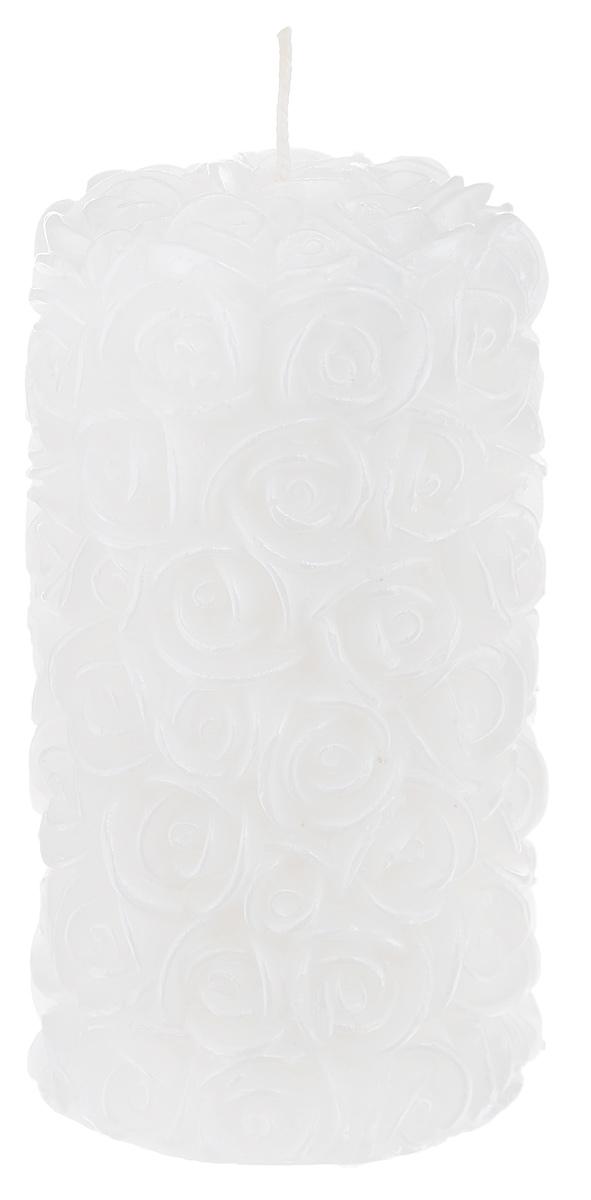 Свеча декоративная Свадебная, цвет: белый, 6 см х 6 см х 11,5 см69.064Декоративная свеча Свадебная изготовлена из парафина в форме столбика и украшена красивым рельефным узором. Свеча будет отличным украшением кондитерских изделий, интерьера и подарком на свадьбу или торжество. Декоративная свеча Свадебная принесет в ваш дом волшебство и ощущение праздника. Создайте в своем доме атмосферу веселья и радости, и тогда самый обычный день с легкостью превратится в торжество. Время горения: 10 ч.