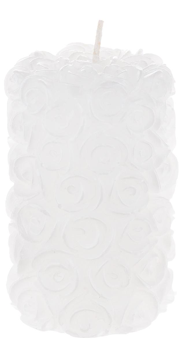 Свеча декоративная Свадебная, цвет: белый, 4,5 см х 4,5 см х 7,5 см69.001Декоративная свеча Свадебная изготовлена из парафина в форме столбика и украшена красивым рельефным узором. Свеча будет отличным украшением кондитерских изделий, интерьера и подарком на свадьбу или торжество. Декоративная свеча Свадебная принесет в ваш дом волшебство и ощущение праздника. Создайте в своем доме атмосферу веселья и радости, и тогда самый обычный день с легкостью превратится в торжество. Время горения: 2 ч.