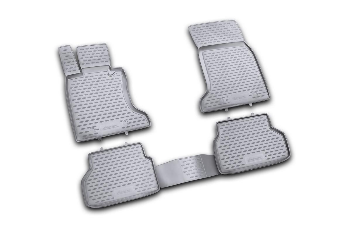 Набор автомобильных ковриков Novline-Autofamily для BMW 5 2003-2010, в салон, 4 штNLC.05.09.210khНабор автомобильных ковриков Novline-Autofamily, изготовленный из полиуретана, состоит из 4 ковриков, которые учитывают все особенности каждой модели автомобиля и полностью повторяют контуры пола. Полиуретановые автомобильные коврики для салона произведены из высококачественного материала, который держит форму, прочный и не пачкает обувь. Коврики в салон не только улучшат внешний вид салона вашего автомобиля, но и надежно уберегут его от пыли, грязи и сырости, а значит, защитят кузов от коррозии. Полиуретановые коврики для автомобиля гладкие, приятные и не пропускают влагу. Ковры для автомобилей надежно крепятся на полу и не скользят, что очень важно во время движения. Чистятся коврики очень просто: как при помощи автомобильного пылесоса, так и различными моющими средствами. Набор подходит для BMW 5 2003-2010 годов выпуска.