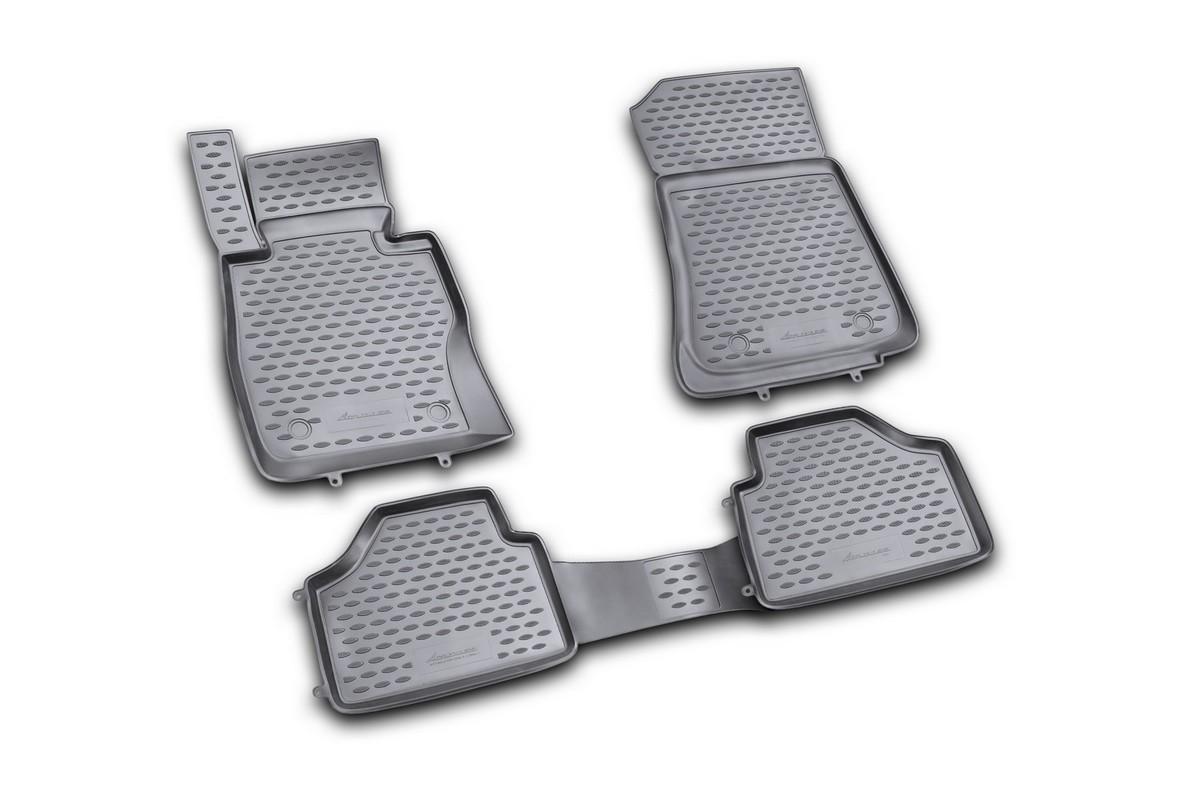 Набор автомобильных ковриков Novline-Autofamily для BMW X1 2009-, в салон, 4 штNLC.05.15.210khНабор автомобильных ковриков Novline-Autofamily, изготовленный из полиуретана, состоит из 4 ковриков, которые учитывают все особенности каждой модели автомобиля и полностью повторяют контуры пола. Полиуретановые автомобильные коврики для салона произведены из высококачественного материала, который держит форму, прочный и не пачкает обувь. Коврики в салон не только улучшат внешний вид салона вашего автомобиля, но и надежно уберегут его от пыли, грязи и сырости, а значит, защитят кузов от коррозии. Полиуретановые коврики для автомобиля гладкие, приятные и не пропускают влагу. Ковры для автомобилей надежно крепятся на полу и не скользят, что очень важно во время движения. Чистятся коврики очень просто: как при помощи автомобильного пылесоса, так и различными моющими средствами. Набор подходит для BMW X1 с 2009 года выпуска.
