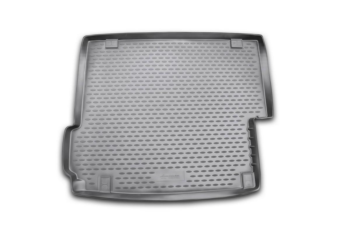 Коврик в багажник автомобиля Novline-Autofamily для BMW X3, 2010 -NLC.05.30.B13Автомобильный коврик в багажник позволит вам без особых усилий содержать в чистоте багажный отсек вашего авто и при этом перевозить в нем абсолютно любые грузы. Такой автомобильный коврик гарантированно защитит багажник вашего автомобиля от грязи, мусора и пыли, которые постоянно скапливаются в этом отсеке. А кроме того, поддон не пропускает влагу. Все это надолго убережет важную часть кузова от износа. Мыть коврик для багажника из полиуретана можно любыми чистящими средствами или просто водой. При этом много времени уборка не отнимет, ведь полиуретан устойчив к загрязнениям. Если вам приходится перевозить в багажнике тяжелые грузы, за сохранность автоковрика можете не беспокоиться. Он сделан из прочного материала, который не деформируется при механических нагрузках и устойчив даже к экстремальным температурам. А кроме того, коврик для багажника надежно фиксируется и не сдвигается во время поездки - это дополнительная гарантия сохранности вашего багажа. ...