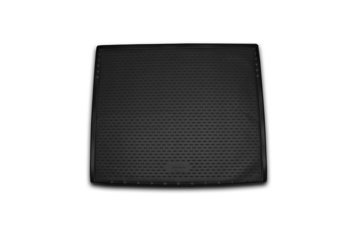 Коврик в багажник автомобиля Novline-Autofamily для Cadillac Escalade, 2015 -NLC.07.09.G13Автомобильный коврик в багажник позволит вам без особых усилий содержать в чистоте багажный отсек вашего авто и при этом перевозить в нем абсолютно любые грузы. Такой автомобильный коврик гарантированно защитит багажник вашего автомобиля от грязи, мусора и пыли, которые постоянно скапливаются в этом отсеке. А кроме того, поддон не пропускает влагу. Все это надолго убережет важную часть кузова от износа. Мыть коврик для багажника из полиуретана можно любыми чистящими средствами или просто водой. При этом много времени уборка не отнимет, ведь полиуретан устойчив к загрязнениям. Если вам приходится перевозить в багажнике тяжелые грузы, за сохранность автоковрика можете не беспокоиться. Он сделан из прочного материала, который не деформируется при механических нагрузках и устойчив даже к экстремальным температурам. А кроме того, коврик для багажника надежно фиксируется и не сдвигается во время поездки - это дополнительная гарантия сохранности вашего багажа. ...