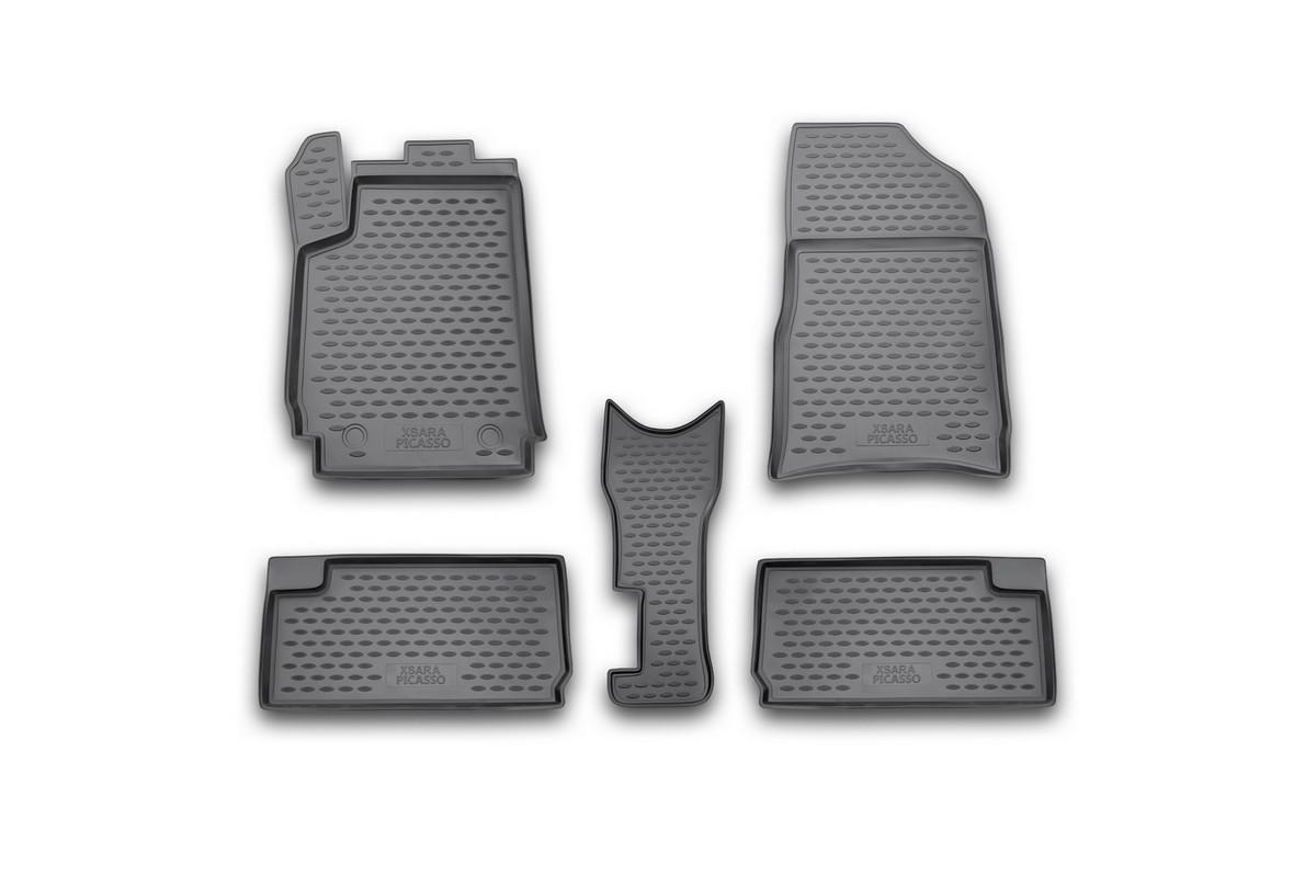 Набор автомобильных ковриков Novline-Autofamily для Citroen Xsara Picasso 1999-, в салон, 5 штNLC.10.05.210kНабор автомобильных ковриков Novline-Autofamily, изготовленный из полиуретана, состоит из 5 ковриков, которые учитывают все особенности каждой модели автомобиля и полностью повторяют контуры пола. Полиуретановые автомобильные коврики для салона произведены из высококачественного материала, который держит форму, прочный и не пачкает обувь. Коврики в салон не только улучшат внешний вид салона вашего автомобиля, но и надежно уберегут его от пыли, грязи и сырости, а значит, защитят кузов от коррозии. Полиуретановые коврики для автомобиля гладкие, приятные и не пропускают влагу. Ковры для автомобилей надежно крепятся на полу и не скользят, что очень важно во время движения. Чистятся коврики очень просто: как при помощи автомобильного пылесоса, так и различными моющими средствами. Набор подходит для Citroen Xsara Picasso с 1999 года выпуска.