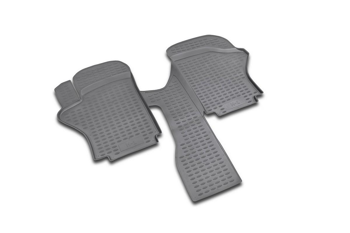Набор автомобильных ковриков Novline-Autofamily для Hyundai H1 short 1997-2007, в салон, 2 штNLC.20.02.210Набор автомобильных ковриков Novline-Autofamily, изготовленный из полиуретана, состоит из 2 ковриков, которые учитывают все особенности каждой модели автомобиля и полностью повторяют контуры пола. Полиуретановые автомобильные коврики для салона произведены из высококачественного материала, который держит форму, прочный и не пачкает обувь. Коврики в салон не только улучшат внешний вид салона вашего автомобиля, но и надежно уберегут его от пыли, грязи и сырости, а значит, защитят кузов от коррозии. Полиуретановые коврики для автомобиля гладкие, приятные и не пропускают влагу. Ковры для автомобилей надежно крепятся на полу и не скользят, что очень важно во время движения. Чистятся коврики очень просто: как при помощи автомобильного пылесоса, так и различными моющими средствами. Набор подходит для Hyundai H1 short 1997-2007 годов выпуска