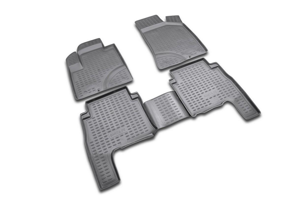 Набор автомобильных ковриков Novline-Autofamily для Hyundai Santa Fe Classic 2001-2006, в салон, цвет: черный, оранжевый, 4 штNLC.20.11.210Набор автомобильных ковриков Novline-Autofamily, изготовленный из полиуретана, состоит из 4 ковриков, которые учитывают все особенности каждой модели автомобиля и полностью повторяют контуры пола. Полиуретановые автомобильные коврики для салона произведены из высококачественного материала, который держит форму, прочный и не пачкает обувь. Коврики в салон не только улучшат внешний вид салона вашего автомобиля, но и надежно уберегут его от пыли, грязи и сырости, а значит, защитят кузов от коррозии. Полиуретановые коврики для автомобиля гладкие, приятные и не пропускают влагу. Ковры для автомобилей надежно крепятся на полу и не скользят, что очень важно во время движения. Чистятся коврики очень просто: как при помощи автомобильного пылесоса, так и различными моющими средствами. Набор подходит для Hyundai Santa Fe Classic 2001-2006 годов выпуска.