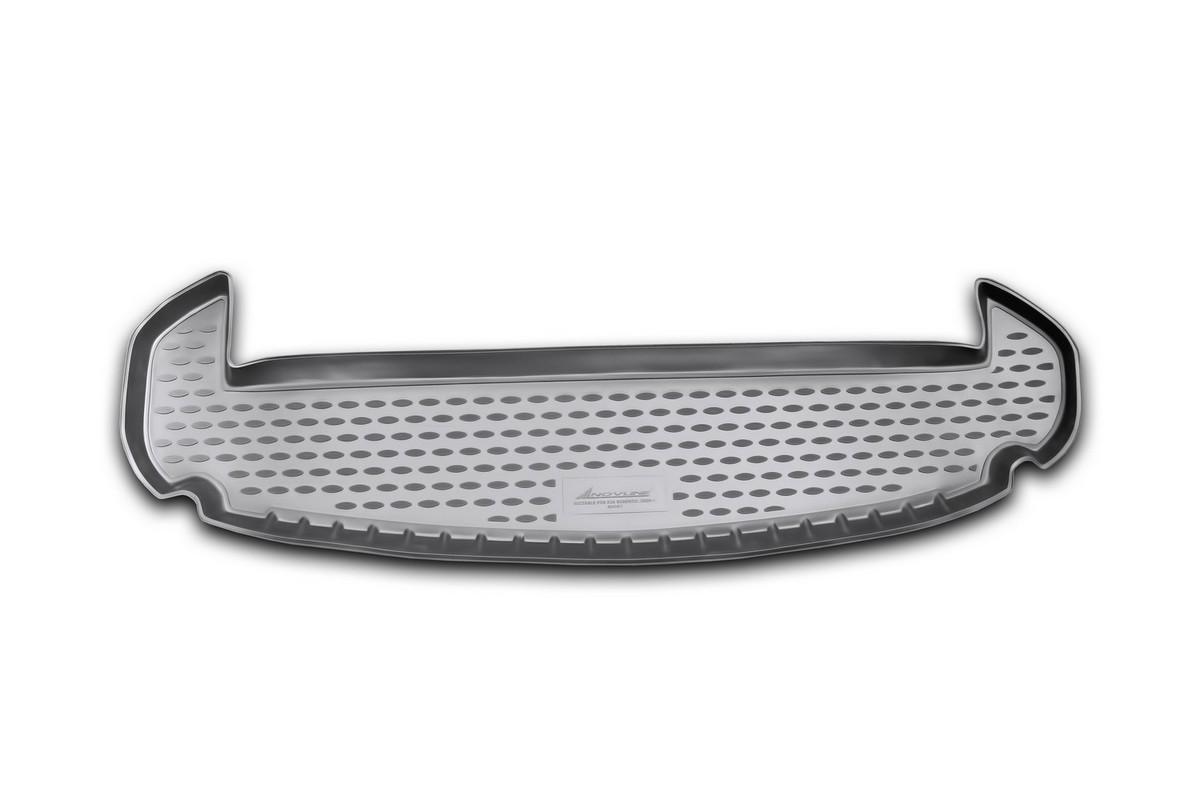 Коврик автомобильный Novline-Autofamily для Kia Sorento кроссовер 7 мест 2009-2012, в багажникNLC.25.35.B12Автомобильный коврик Novline-Autofamily, изготовленный из полиуретана, позволит вам без особых усилий содержать в чистоте багажный отсек вашего авто и при этом перевозить в нем абсолютно любые грузы. Этот модельный коврик идеально подойдет по размерам багажнику вашего автомобиля. Такой автомобильный коврик гарантированно защитит багажник от грязи, мусора и пыли, которые постоянно скапливаются в этом отсеке. А кроме того, поддон не пропускает влагу. Все это надолго убережет важную часть кузова от износа. Коврик в багажнике сильно упростит для вас уборку. Согласитесь, гораздо проще достать и почистить один коврик, нежели весь багажный отсек. Тем более, что поддон достаточно просто вынимается и вставляется обратно. Мыть коврик для багажника из полиуретана можно любыми чистящими средствами или просто водой. При этом много времени у вас уборка не отнимет, ведь полиуретан устойчив к загрязнениям. Если вам приходится перевозить в багажнике тяжелые грузы,...