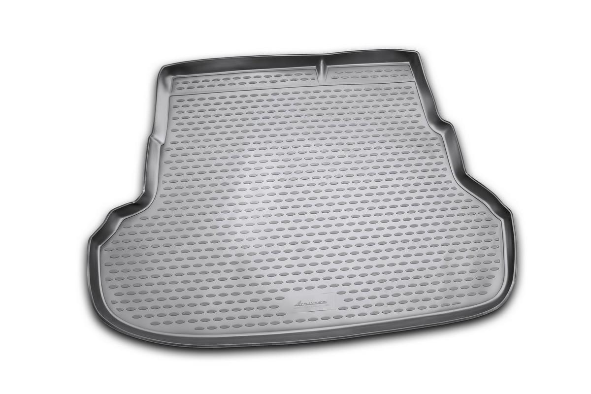 Коврик автомобильный Novline-Autofamily для Kia Rio седан 2011-, в багажникNLC.25.38.B10Автомобильный коврик Novline-Autofamily, изготовленный из полиуретана, позволит вам без особых усилий содержать в чистоте багажный отсек вашего авто и при этом перевозить в нем абсолютно любые грузы. Этот модельный коврик идеально подойдет по размерам багажнику вашего автомобиля. Такой автомобильный коврик гарантированно защитит багажник от грязи, мусора и пыли, которые постоянно скапливаются в этом отсеке. А кроме того, поддон не пропускает влагу. Все это надолго убережет важную часть кузова от износа. Коврик в багажнике сильно упростит для вас уборку. Согласитесь, гораздо проще достать и почистить один коврик, нежели весь багажный отсек. Тем более, что поддон достаточно просто вынимается и вставляется обратно. Мыть коврик для багажника из полиуретана можно любыми чистящими средствами или просто водой. При этом много времени у вас уборка не отнимет, ведь полиуретан устойчив к загрязнениям. Если вам приходится перевозить в багажнике тяжелые грузы,...