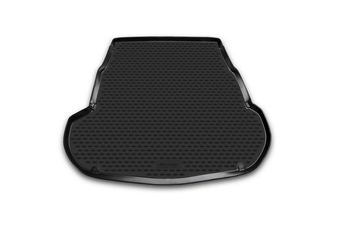 Коврик автомобильный Novline-Autofamily для Kia Optima седан 2011-, в багажникNLC.25.41.B10Автомобильный коврик Novline-Autofamily, изготовленный из полиуретана, позволит вам без особых усилий содержать в чистоте багажный отсек вашего авто и при этом перевозить в нем абсолютно любые грузы. Этот модельный коврик идеально подойдет по размерам багажнику вашего автомобиля. Такой автомобильный коврик гарантированно защитит багажник от грязи, мусора и пыли, которые постоянно скапливаются в этом отсеке. А кроме того, поддон не пропускает влагу. Все это надолго убережет важную часть кузова от износа. Коврик в багажнике сильно упростит для вас уборку. Согласитесь, гораздо проще достать и почистить один коврик, нежели весь багажный отсек. Тем более, что поддон достаточно просто вынимается и вставляется обратно. Мыть коврик для багажника из полиуретана можно любыми чистящими средствами или просто водой. При этом много времени у вас уборка не отнимет, ведь полиуретан устойчив к загрязнениям. Если вам приходится перевозить в багажнике тяжелые грузы,...