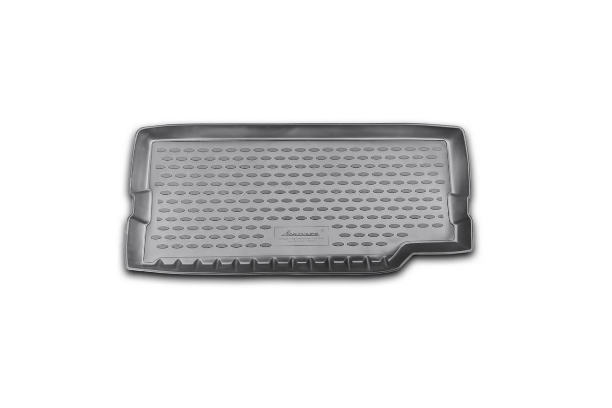 Коврик автомобильный Novline-Autofamily для Land Rover Defender 90, 110 3D, 5D внедорожник 2007-, в багажникNLC.28.07.B13Автомобильный коврик Novline-Autofamily, изготовленный из полиуретана, позволит вам без особых усилий содержать в чистоте багажный отсек вашего авто и при этом перевозить в нем абсолютно любые грузы. Этот модельный коврик идеально подойдет по размерам багажнику вашего автомобиля. Такой автомобильный коврик гарантированно защитит багажник от грязи, мусора и пыли, которые постоянно скапливаются в этом отсеке. А кроме того, поддон не пропускает влагу. Все это надолго убережет важную часть кузова от износа. Коврик в багажнике сильно упростит для вас уборку. Согласитесь, гораздо проще достать и почистить один коврик, нежели весь багажный отсек. Тем более, что поддон достаточно просто вынимается и вставляется обратно. Мыть коврик для багажника из полиуретана можно любыми чистящими средствами или просто водой. При этом много времени у вас уборка не отнимет, ведь полиуретан устойчив к загрязнениям. Если вам приходится перевозить в багажнике тяжелые грузы,...