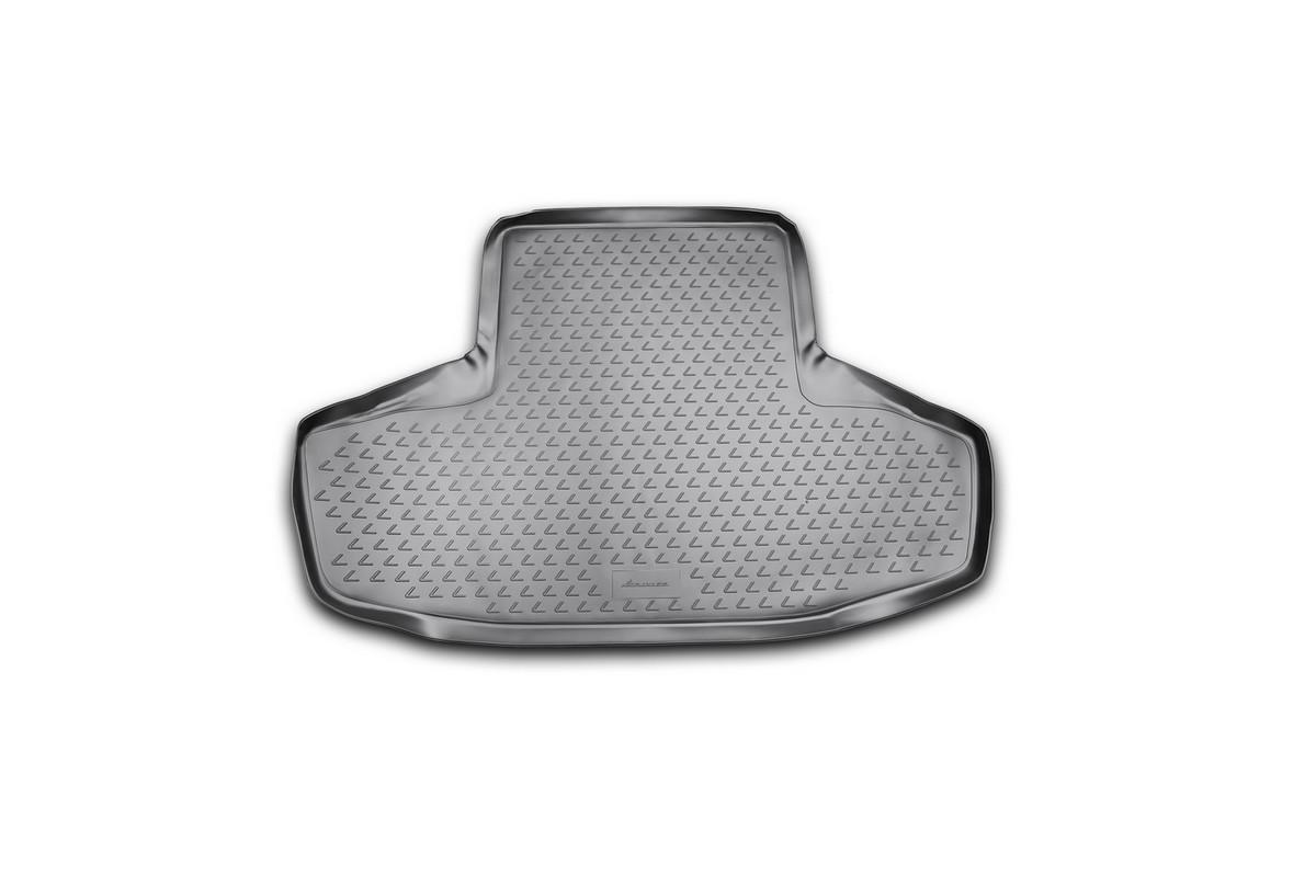 Коврик автомобильный Novline-Autofamily для Lexus GS300 седан 2008-, в багажник. NLC.29.01.B10NLC.29.01.B10Автомобильный коврик Novline-Autofamily, изготовленный из полиуретана, позволит вам без особых усилий содержать в чистоте багажный отсек вашего авто и при этом перевозить в нем абсолютно любые грузы. Этот модельный коврик идеально подойдет по размерам багажнику вашего автомобиля. Такой автомобильный коврик гарантированно защитит багажник от грязи, мусора и пыли, которые постоянно скапливаются в этом отсеке. А кроме того, поддон не пропускает влагу. Все это надолго убережет важную часть кузова от износа. Коврик в багажнике сильно упростит для вас уборку. Согласитесь, гораздо проще достать и почистить один коврик, нежели весь багажный отсек. Тем более, что поддон достаточно просто вынимается и вставляется обратно. Мыть коврик для багажника из полиуретана можно любыми чистящими средствами или просто водой. При этом много времени у вас уборка не отнимет, ведь полиуретан устойчив к загрязнениям. Если вам приходится перевозить в багажнике тяжелые грузы,...