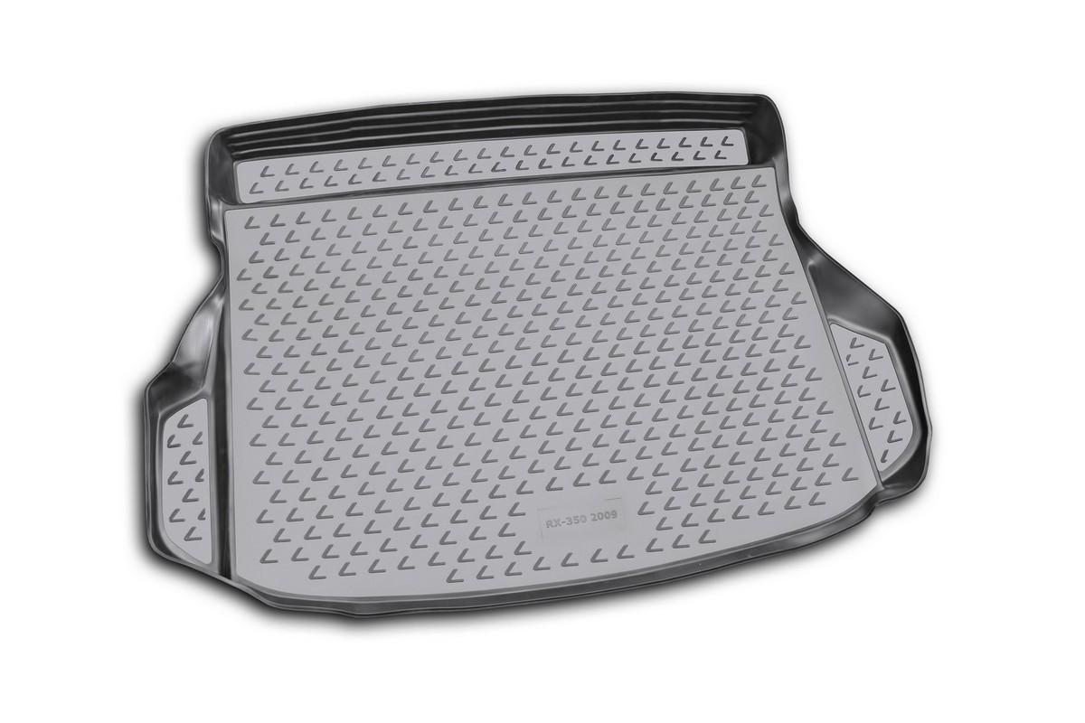 Коврик автомобильный Novline-Autofamily для Lexus RX350 кроссовер 2009-, в багажник. NLC.29.10.B13NLC.29.10.B13Автомобильный коврик Novline-Autofamily, изготовленный из полиуретана, позволит вам без особых усилий содержать в чистоте багажный отсек вашего авто и при этом перевозить в нем абсолютно любые грузы. Этот модельный коврик идеально подойдет по размерам багажнику вашего автомобиля. Такой автомобильный коврик гарантированно защитит багажник от грязи, мусора и пыли, которые постоянно скапливаются в этом отсеке. А кроме того, поддон не пропускает влагу. Все это надолго убережет важную часть кузова от износа. Коврик в багажнике сильно упростит для вас уборку. Согласитесь, гораздо проще достать и почистить один коврик, нежели весь багажный отсек. Тем более, что поддон достаточно просто вынимается и вставляется обратно. Мыть коврик для багажника из полиуретана можно любыми чистящими средствами или просто водой. При этом много времени у вас уборка не отнимет, ведь полиуретан устойчив к загрязнениям. Если вам приходится перевозить в багажнике тяжелые грузы,...