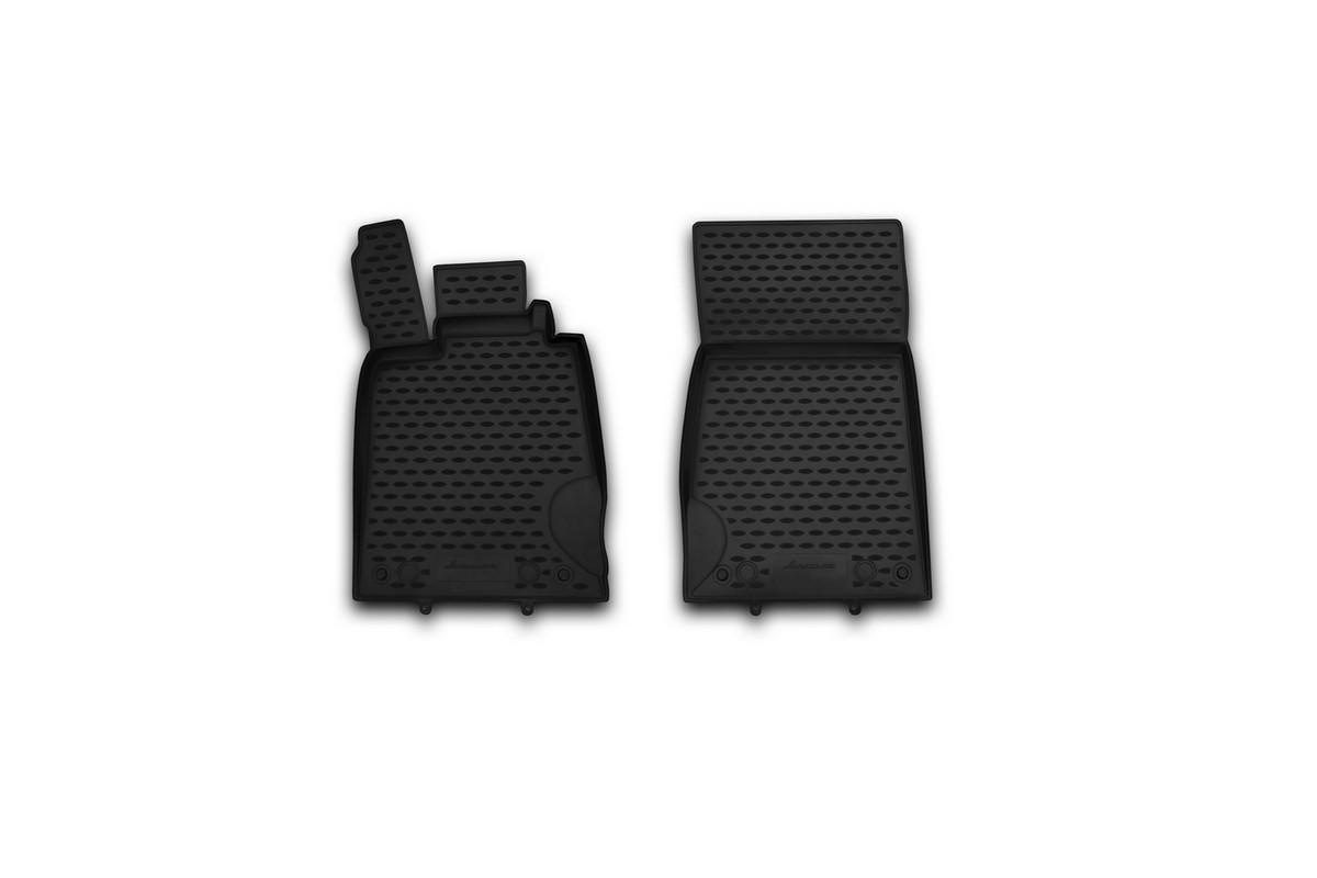 Набор автомобильных ковриков Novline-Autofamily для Mercedes-Benz SL-Klasse R230 2008-, в салон, 2 штNLC.34.12.210khНабор автомобильных ковриков Novline-Autofamily, изготовленный из полиуретана, состоит из 2 ковриков, которые учитывают все особенности каждой модели автомобиля и полностью повторяют контуры пола. Полиуретановые автомобильные коврики для салона произведены из высококачественного материала, который держит форму, прочный и не пачкает обувь. Коврики в салон не только улучшат внешний вид салона вашего автомобиля, но и надежно уберегут его от пыли, грязи и сырости, а значит, защитят кузов от коррозии. Полиуретановые коврики для автомобиля гладкие, приятные и не пропускают влагу. Ковры для автомобилей надежно крепятся на полу и не скользят, что очень важно во время движения. Чистятся коврики очень просто: как при помощи автомобильного пылесоса, так и различными моющими средствами. Набор подходит для Mercedes-Benz SL-Klasse R230 с 2008 года выпуска.