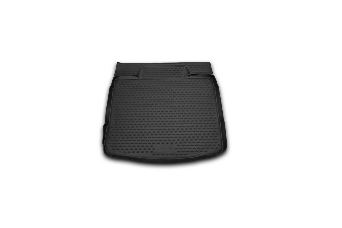 Коврик в багажник OPEL Insignia 2008->, колесо с докаткой сед. (полиуретан). NLC.37.22.B10NLC.37.22.B10Автомобильный коврик в багажник позволит вам без особых усилий содержать в чистоте багажный отсек вашего авто и при этом перевозить в нем абсолютно любые грузы. Этот модельный коврик идеально подойдет по размерам багажнику вашего авто. Такой автомобильный коврик гарантированно защитит багажник вашего автомобиля от грязи, мусора и пыли, которые постоянно скапливаются в этом отсеке. А кроме того, поддон не пропускает влагу. Все это надолго убережет важную часть кузова от износа. Коврик в багажнике сильно упростит для вас уборку. Согласитесь, гораздо проще достать и почистить один коврик, нежели весь багажный отсек. Тем более, что поддон достаточно просто вынимается и вставляется обратно. Мыть коврик для багажника из полиуретана можно любыми чистящими средствами или просто водой. При этом много времени у вас уборка не отнимет, ведь полиуретан устойчив к загрязнениям. Если вам приходится перевозить в багажнике тяжелые грузы, за сохранность автоковрика можете не беспокоиться. Он сделан...