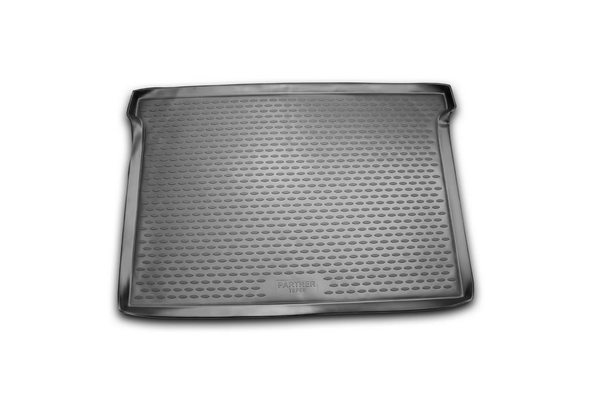 Коврик автомобильный Novline-Autofamily для Peugeot Partner Tepee минивэн 2006, 2008-, в багажникNLC.38.12.B15Автомобильный коврик Novline-Autofamily, изготовленный из полиуретана, позволит вам без особых усилий содержать в чистоте багажный отсек вашего авто и при этом перевозить в нем абсолютно любые грузы. Этот модельный коврик идеально подойдет по размерам багажнику вашего автомобиля. Такой автомобильный коврик гарантированно защитит багажник от грязи, мусора и пыли, которые постоянно скапливаются в этом отсеке. А кроме того, поддон не пропускает влагу. Все это надолго убережет важную часть кузова от износа. Коврик в багажнике сильно упростит для вас уборку. Согласитесь, гораздо проще достать и почистить один коврик, нежели весь багажный отсек. Тем более, что поддон достаточно просто вынимается и вставляется обратно. Мыть коврик для багажника из полиуретана можно любыми чистящими средствами или просто водой. При этом много времени у вас уборка не отнимет, ведь полиуретан устойчив к загрязнениям. Если вам приходится перевозить в багажнике тяжелые грузы,...