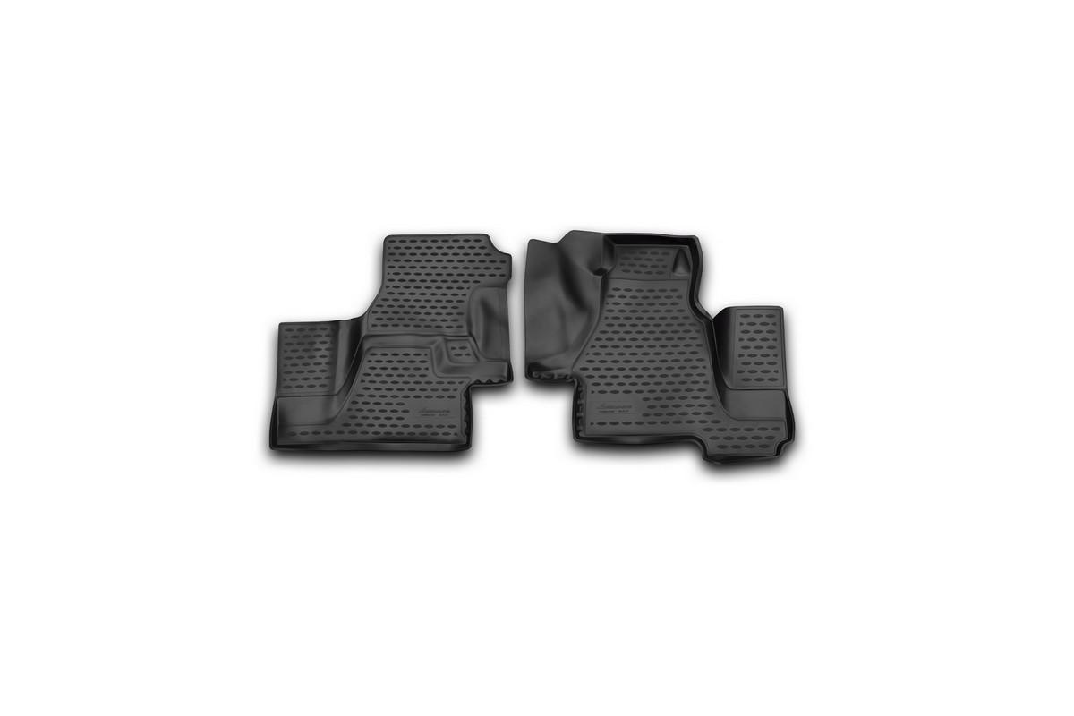 Набор автомобильных 3D-ковриков Novline-Autofamily для Mersedes-Benz Sprinter Classic (W909), 2000-2006, 2013->, в салон, 2 штNLC.3D.34.31.210kНабор Novline-Autofamily состоит из 2 ковриков, изготовленных из полиуретана. Основная функция ковров - защита салона автомобиля от загрязнения и влаги. Это достигается за счет высоких бортов, перемычки на тоннель заднего ряда сидений, элементов формы и текстуры, свойств материала, а также запатентованной технологией 3D-перемычки в зоне отдыха ноги водителя, что обеспечивает дополнительную защиту, сохраняя салон автомобиля в первозданном виде. Материал, из которого сделаны коврики, обладает антискользящими свойствами. Для фиксации ковров в салоне автомобиля в комплекте с ними используются специальные крепежи. Форма передней части водительского ковра, уходящая под педаль акселератора, исключает нештатное заедание педалей. Набор подходит для Mersedes-Benz Sprinter Classic 2000-2006, 2013-> года выпуска.