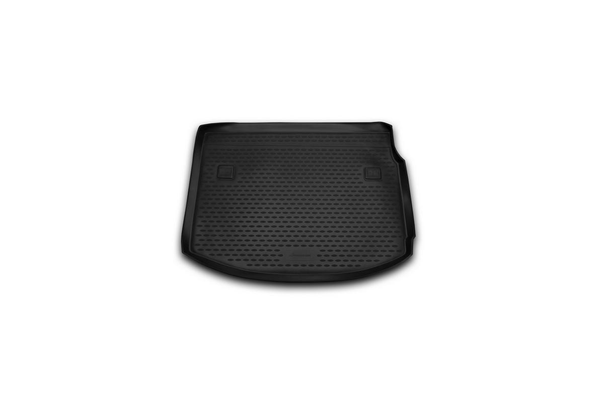Коврик автомобильный Novline-Autofamily для Renault Megane 3 хэтчбек 2010-, в багажникNLC.41.16.B11Автомобильный коврик Novline-Autofamily, изготовленный из полиуретана, позволит вам без особых усилий содержать в чистоте багажный отсек вашего авто и при этом перевозить в нем абсолютно любые грузы. Этот модельный коврик идеально подойдет по размерам багажнику вашего автомобиля. Такой автомобильный коврик гарантированно защитит багажник от грязи, мусора и пыли, которые постоянно скапливаются в этом отсеке. А кроме того, поддон не пропускает влагу. Все это надолго убережет важную часть кузова от износа. Коврик в багажнике сильно упростит для вас уборку. Согласитесь, гораздо проще достать и почистить один коврик, нежели весь багажный отсек. Тем более, что поддон достаточно просто вынимается и вставляется обратно. Мыть коврик для багажника из полиуретана можно любыми чистящими средствами или просто водой. При этом много времени у вас уборка не отнимет, ведь полиуретан устойчив к загрязнениям. Если вам приходится перевозить в багажнике тяжелые грузы,...