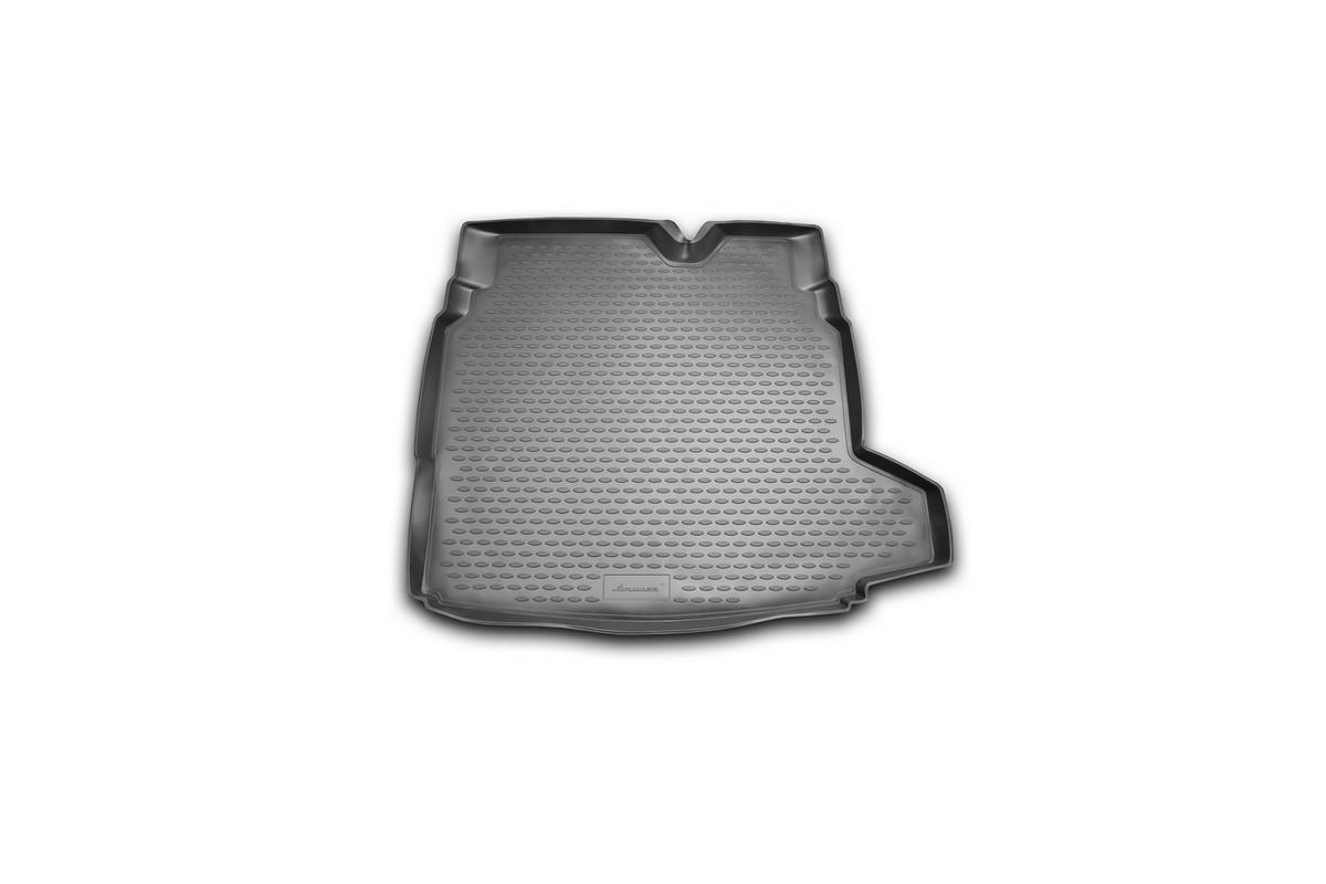 Коврик автомобильный Novline-Autofamily для Saab 9-3 седан 2003-, в багажникNLC.43.01.B10Автомобильный коврик Novline-Autofamily, изготовленный из полиуретана, позволит вам без особых усилий содержать в чистоте багажный отсек вашего авто и при этом перевозить в нем абсолютно любые грузы. Этот модельный коврик идеально подойдет по размерам багажнику вашего автомобиля. Такой автомобильный коврик гарантированно защитит багажник от грязи, мусора и пыли, которые постоянно скапливаются в этом отсеке. А кроме того, поддон не пропускает влагу. Все это надолго убережет важную часть кузова от износа. Коврик в багажнике сильно упростит для вас уборку. Согласитесь, гораздо проще достать и почистить один коврик, нежели весь багажный отсек. Тем более, что поддон достаточно просто вынимается и вставляется обратно. Мыть коврик для багажника из полиуретана можно любыми чистящими средствами или просто водой. При этом много времени у вас уборка не отнимет, ведь полиуретан устойчив к загрязнениям. Если вам приходится перевозить в багажнике тяжелые грузы,...