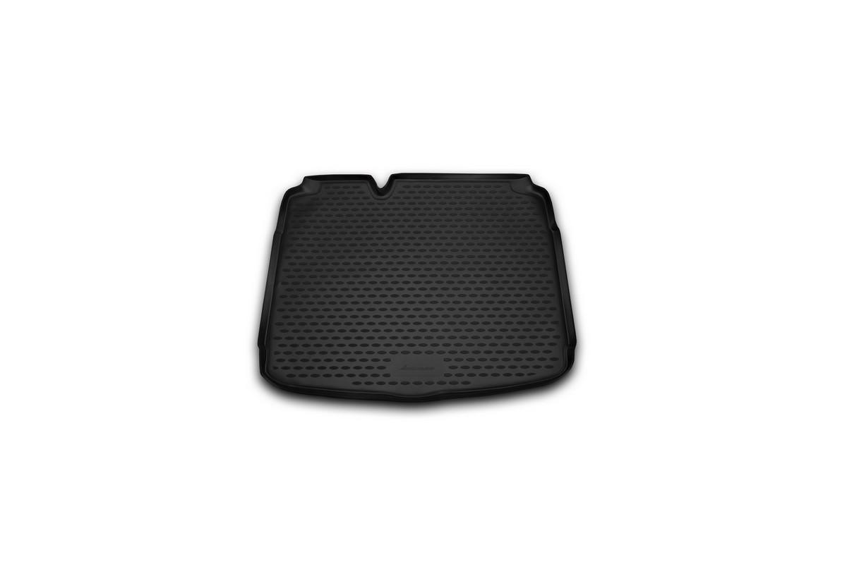 Коврик автомобильный Novline-Autofamily для Seat Leon хэтчбек 10/2007-, в багажникNLC.44.02.B11Автомобильный коврик Novline-Autofamily, изготовленный из полиуретана, позволит вам без особых усилий содержать в чистоте багажный отсек вашего авто и при этом перевозить в нем абсолютно любые грузы. Этот модельный коврик идеально подойдет по размерам багажнику вашего автомобиля. Такой автомобильный коврик гарантированно защитит багажник от грязи, мусора и пыли, которые постоянно скапливаются в этом отсеке. А кроме того, поддон не пропускает влагу. Все это надолго убережет важную часть кузова от износа. Коврик в багажнике сильно упростит для вас уборку. Согласитесь, гораздо проще достать и почистить один коврик, нежели весь багажный отсек. Тем более, что поддон достаточно просто вынимается и вставляется обратно. Мыть коврик для багажника из полиуретана можно любыми чистящими средствами или просто водой. При этом много времени у вас уборка не отнимет, ведь полиуретан устойчив к загрязнениям. Если вам приходится перевозить в багажнике тяжелые грузы,...