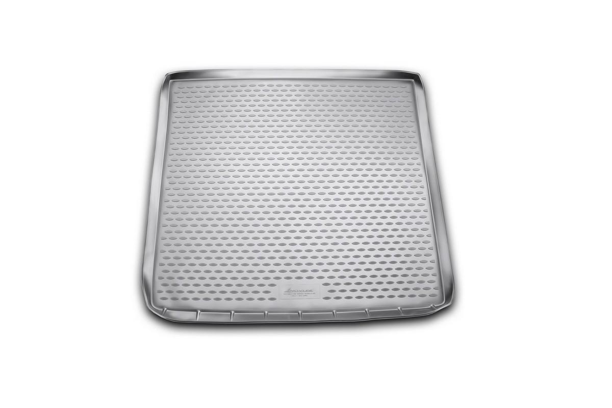 Коврик автомобильный Novline-Autofamily для Subaru Tribeca DM кроссовер 2011-, в багажникNLC.46.10.G13Автомобильный коврик Novline-Autofamily, изготовленный из полиуретана, позволит вам без особых усилий содержать в чистоте багажный отсек вашего авто и при этом перевозить в нем абсолютно любые грузы. Этот модельный коврик идеально подойдет по размерам багажнику вашего автомобиля. Такой автомобильный коврик гарантированно защитит багажник от грязи, мусора и пыли, которые постоянно скапливаются в этом отсеке. А кроме того, поддон не пропускает влагу. Все это надолго убережет важную часть кузова от износа. Коврик в багажнике сильно упростит для вас уборку. Согласитесь, гораздо проще достать и почистить один коврик, нежели весь багажный отсек. Тем более, что поддон достаточно просто вынимается и вставляется обратно. Мыть коврик для багажника из полиуретана можно любыми чистящими средствами или просто водой. При этом много времени у вас уборка не отнимет, ведь полиуретан устойчив к загрязнениям. Если вам приходится перевозить в багажнике тяжелые грузы,...