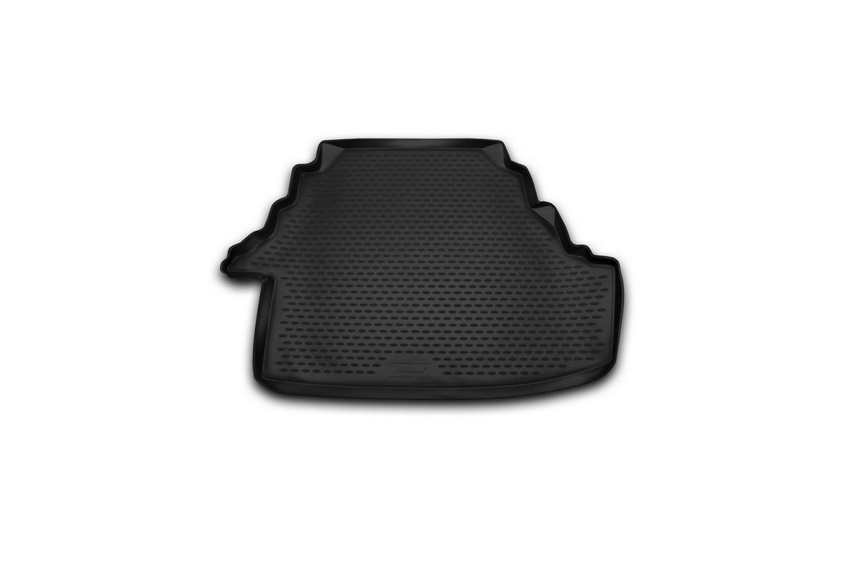 Коврик автомобильный Novline-Autofamily для Toyota Camry 3,5 L седан 2007, 2006-2012, 2011, в багажник. NLC.48.14.B10NLC.48.14.B10Автомобильный коврик Novline-Autofamily, изготовленный из полиуретана, позволит вам без особых усилий содержать в чистоте багажный отсек вашего авто и при этом перевозить в нем абсолютно любые грузы. Этот модельный коврик идеально подойдет по размерам багажнику вашего автомобиля. Такой автомобильный коврик гарантированно защитит багажник от грязи, мусора и пыли, которые постоянно скапливаются в этом отсеке. А кроме того, поддон не пропускает влагу. Все это надолго убережет важную часть кузова от износа. Коврик в багажнике сильно упростит для вас уборку. Согласитесь, гораздо проще достать и почистить один коврик, нежели весь багажный отсек. Тем более, что поддон достаточно просто вынимается и вставляется обратно. Мыть коврик для багажника из полиуретана можно любыми чистящими средствами или просто водой. При этом много времени у вас уборка не отнимет, ведь полиуретан устойчив к загрязнениям. Если вам приходится перевозить в багажнике тяжелые грузы,...