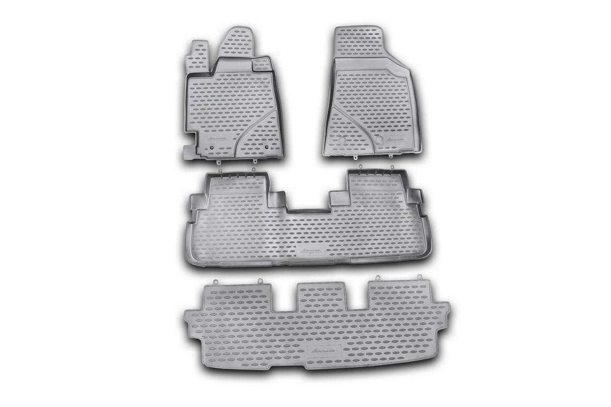 Набор автомобильных ковриков Novline-Autofamily для Toyota Highlander 2010-2014, в салон, 4 штNLC.48.50.210khНабор автомобильных ковриков Novline-Autofamily, изготовленный из полиуретана, состоит из 4 ковриков, которые учитывают все особенности каждой модели автомобиля и полностью повторяют контуры пола. Полиуретановые автомобильные коврики для салона произведены из высококачественного материала, который держит форму, прочный и не пачкает обувь. Коврики в салон не только улучшат внешний вид салона вашего автомобиля, но и надежно уберегут его от пыли, грязи и сырости, а значит, защитят кузов от коррозии. Полиуретановые коврики для автомобиля гладкие, приятные и не пропускают влагу. Ковры для автомобилей надежно крепятся на полу и не скользят, что очень важно во время движения. Чистятся коврики очень просто: как при помощи автомобильного пылесоса, так и различными моющими средствами. Набор подходит для Toyota Highlander 2010-2014 годов выпуска. Уважаемые клиенты! Обращаем ваше внимание, на тот факт, что коврики имеют форму, соответствующую модели данного...