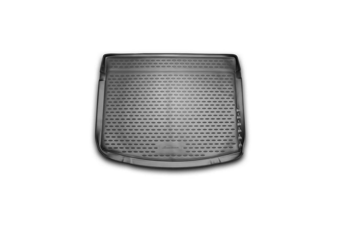 Коврик автомобильный Novline-Autofamily для Toyota Auris хэтчбек 2013-, в багажникNLC.48.58.B11Автомобильный коврик Novline-Autofamily, изготовленный из полиуретана, позволит вам без особых усилий содержать в чистоте багажный отсек вашего авто и при этом перевозить в нем абсолютно любые грузы. Этот модельный коврик идеально подойдет по размерам багажнику вашего автомобиля. Такой автомобильный коврик гарантированно защитит багажник от грязи, мусора и пыли, которые постоянно скапливаются в этом отсеке. А кроме того, поддон не пропускает влагу. Все это надолго убережет важную часть кузова от износа. Коврик в багажнике сильно упростит для вас уборку. Согласитесь, гораздо проще достать и почистить один коврик, нежели весь багажный отсек. Тем более, что поддон достаточно просто вынимается и вставляется обратно. Мыть коврик для багажника из полиуретана можно любыми чистящими средствами или просто водой. При этом много времени у вас уборка не отнимет, ведь полиуретан устойчив к загрязнениям. Если вам приходится перевозить в багажнике тяжелые грузы,...