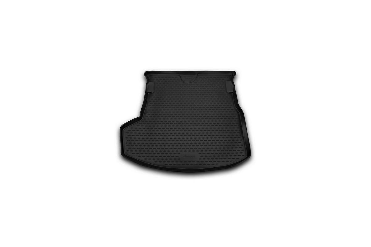 Коврик автомобильный Novline-Autofamily для Toyota Corolla седан 2013-, в багажникNLC.48.68.B10Автомобильный коврик Novline-Autofamily, изготовленный из полиуретана, позволит вам без особых усилий содержать в чистоте багажный отсек вашего авто и при этом перевозить в нем абсолютно любые грузы. Этот модельный коврик идеально подойдет по размерам багажнику вашего автомобиля. Такой автомобильный коврик гарантированно защитит багажник от грязи, мусора и пыли, которые постоянно скапливаются в этом отсеке. А кроме того, поддон не пропускает влагу. Все это надолго убережет важную часть кузова от износа. Коврик в багажнике сильно упростит для вас уборку. Согласитесь, гораздо проще достать и почистить один коврик, нежели весь багажный отсек. Тем более, что поддон достаточно просто вынимается и вставляется обратно. Мыть коврик для багажника из полиуретана можно любыми чистящими средствами или просто водой. При этом много времени у вас уборка не отнимет, ведь полиуретан устойчив к загрязнениям. Если вам приходится перевозить в багажнике тяжелые грузы,...